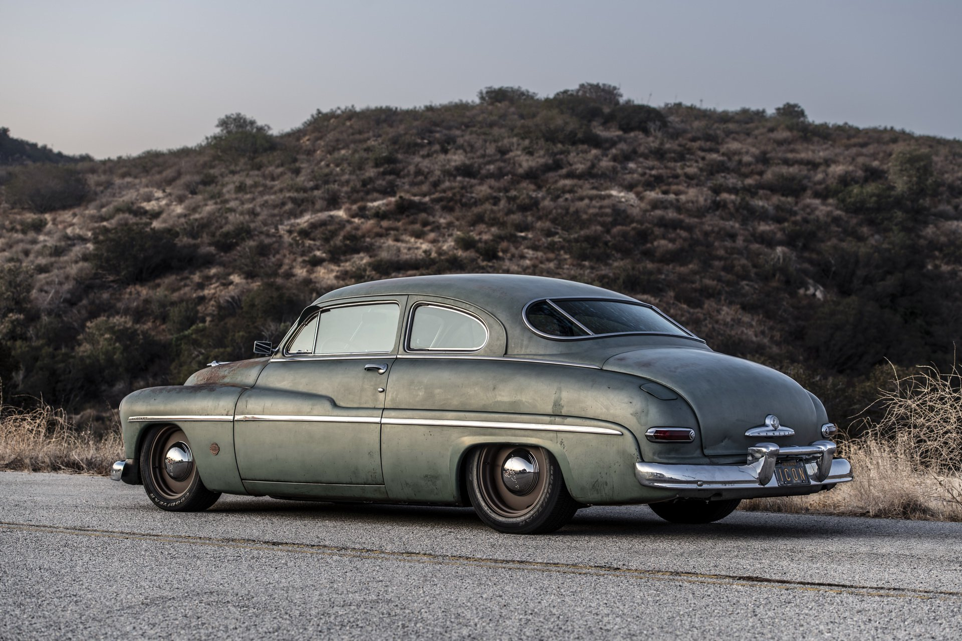 Mercury Coupe 1949 electric by Icon (35)