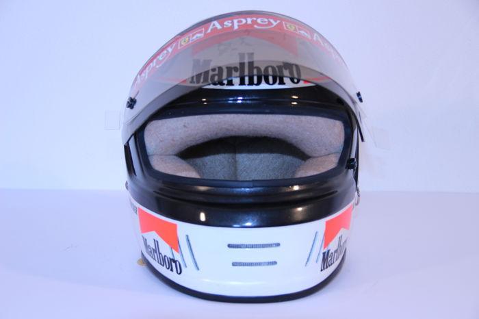 Michael Schumacher Bell helmet for auction (12)