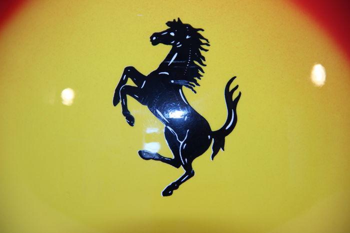 Michael Schumacher Bell helmet for auction (27)