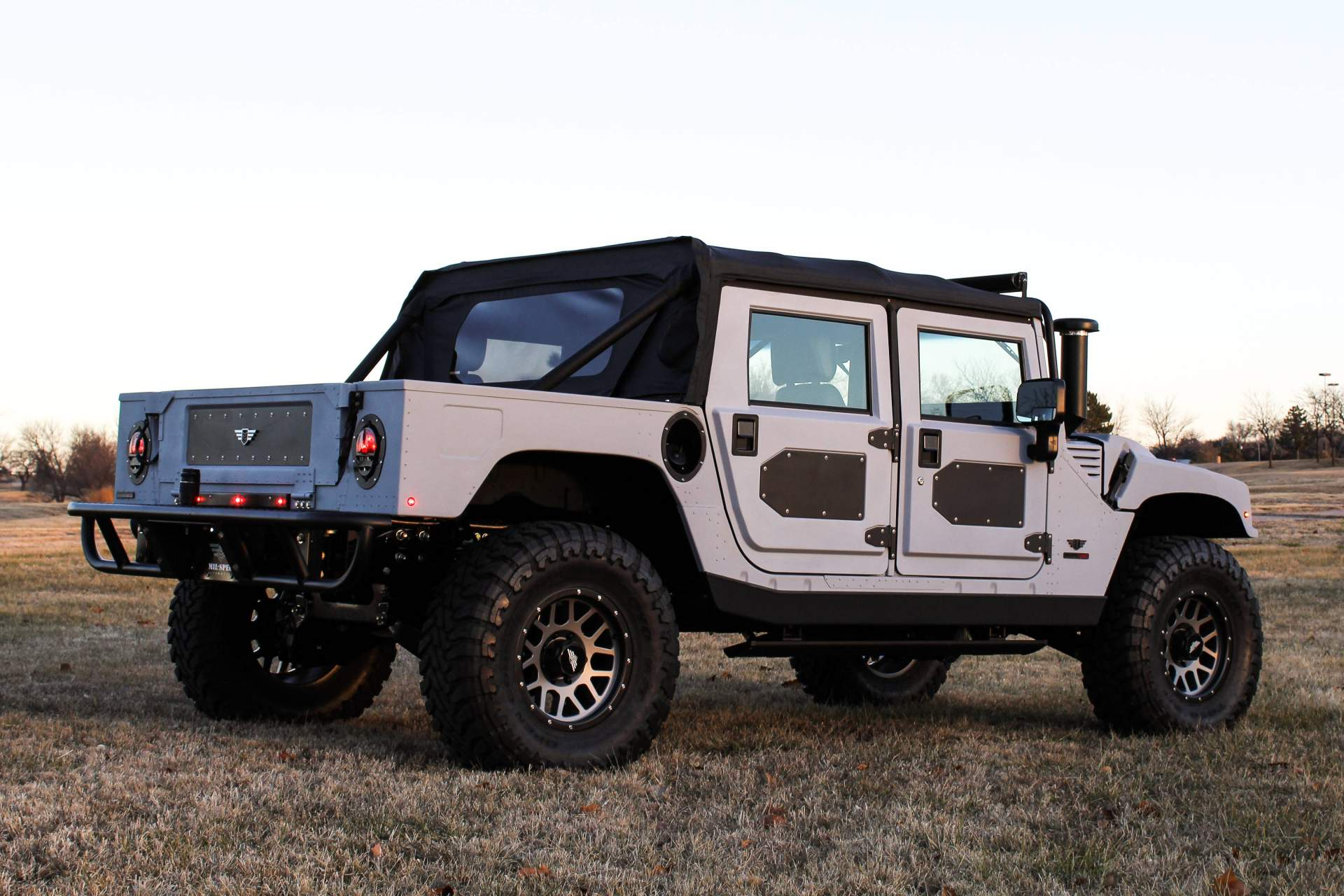 Mil-Spec Launch Edition 005 Hummer H1 (2)