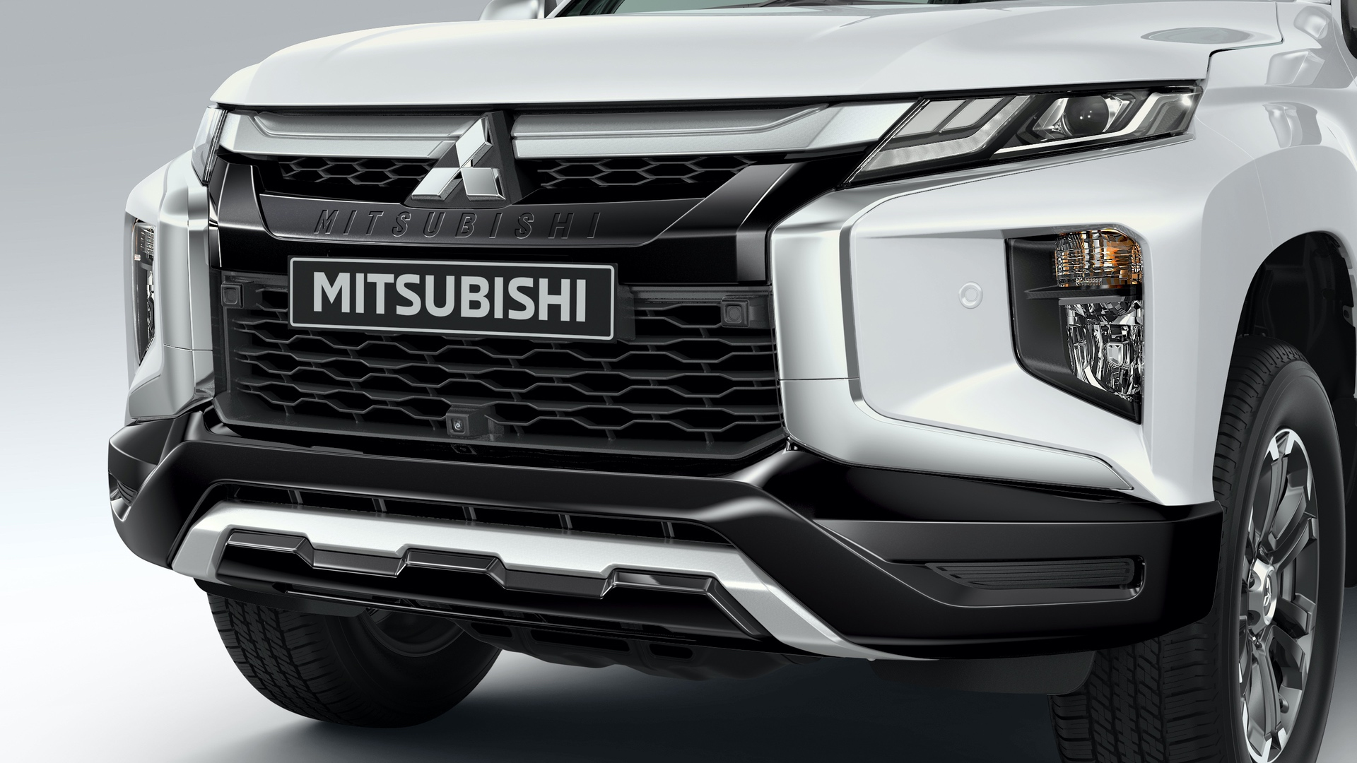 2019_Mitsubishi_L200_0057