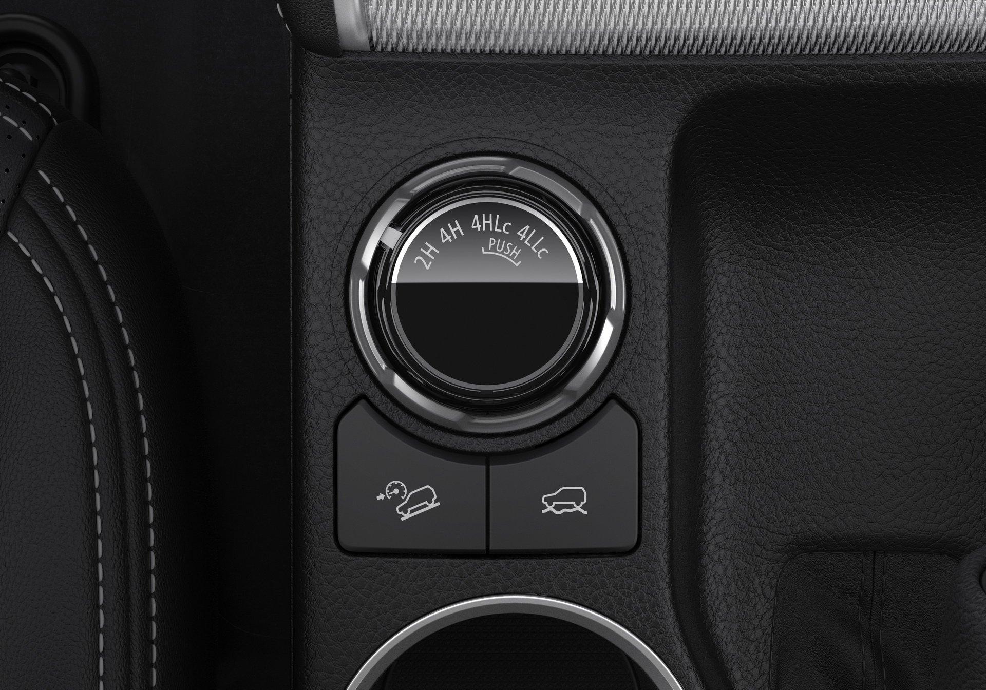 Mitsubishi L200 2019 (24)