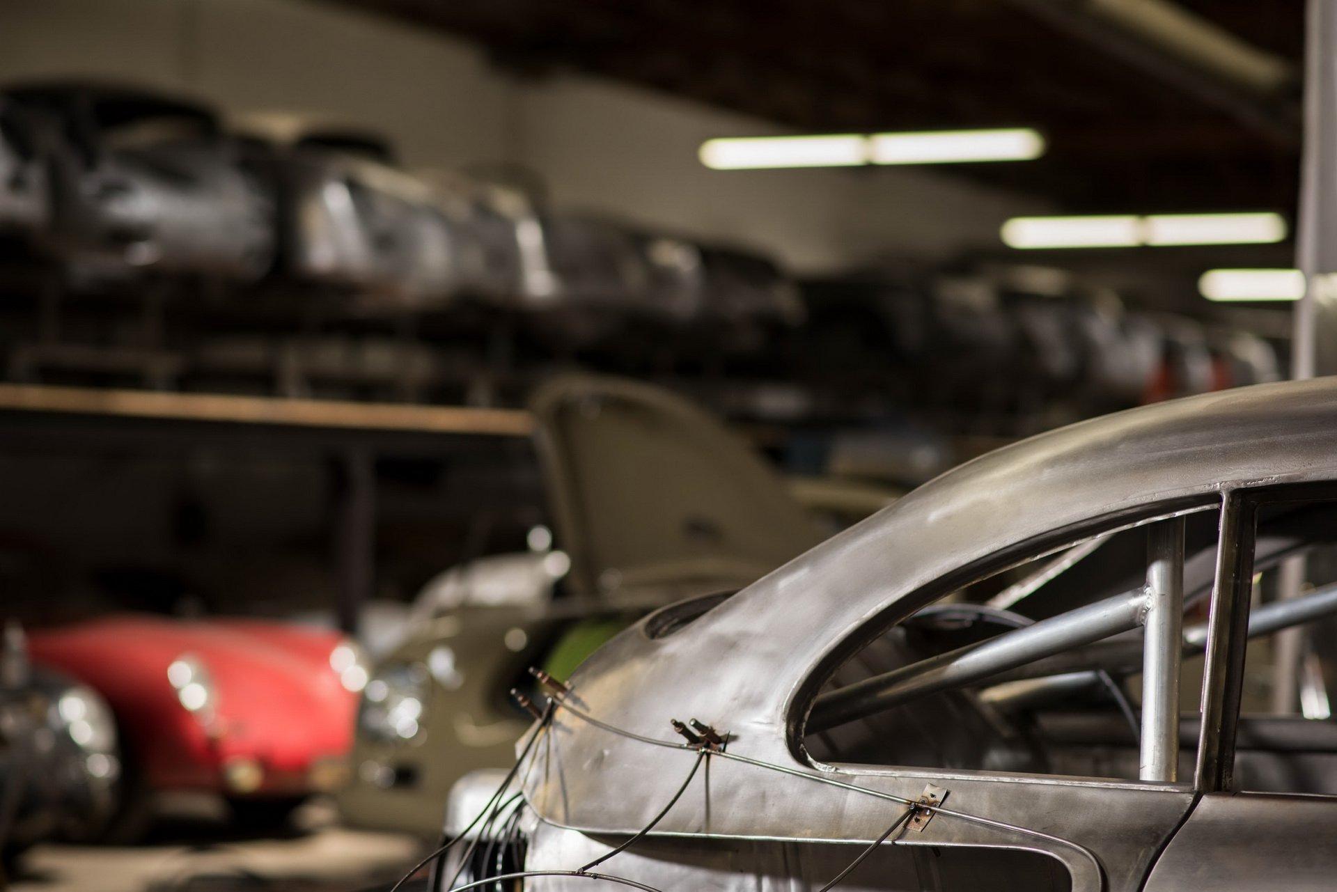 Momo Porsche 356 RSR Outlaw (15)