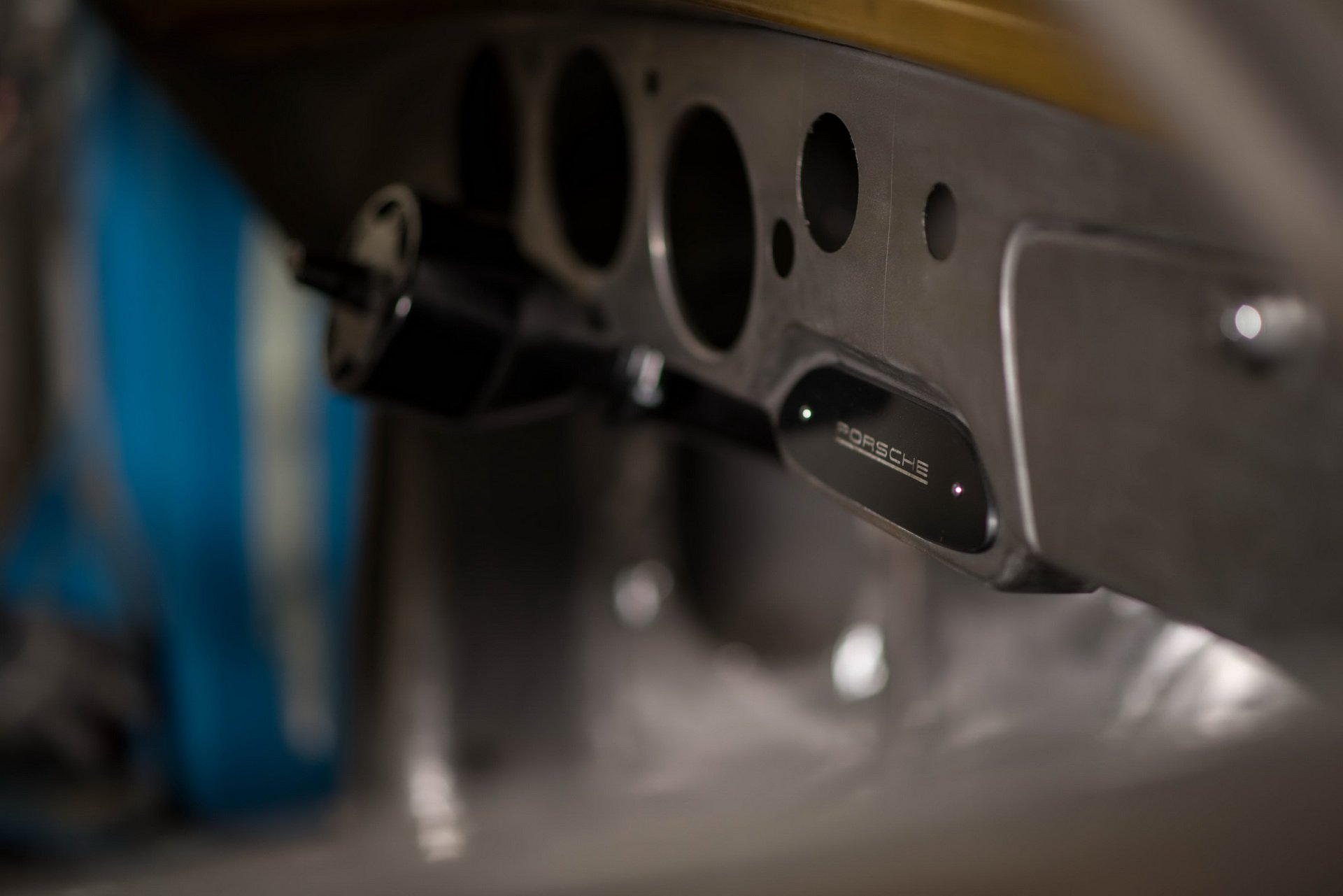 Momo Porsche 356 RSR Outlaw (19)