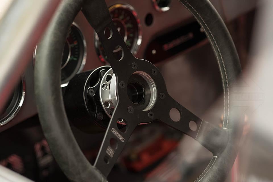 Momo Porsche 356 RSR Outlaw (36)