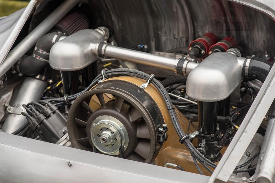 Momo Porsche 356 RSR Outlaw (39)
