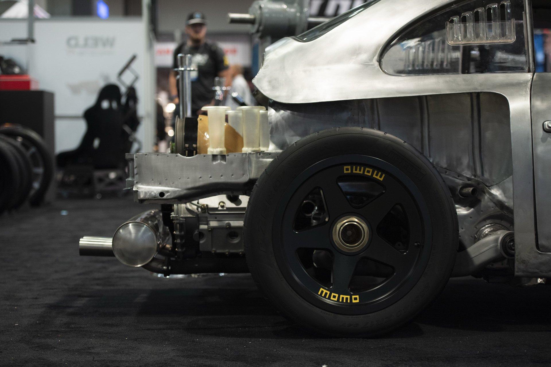 Momo Porsche 356 RSR Outlaw (7)