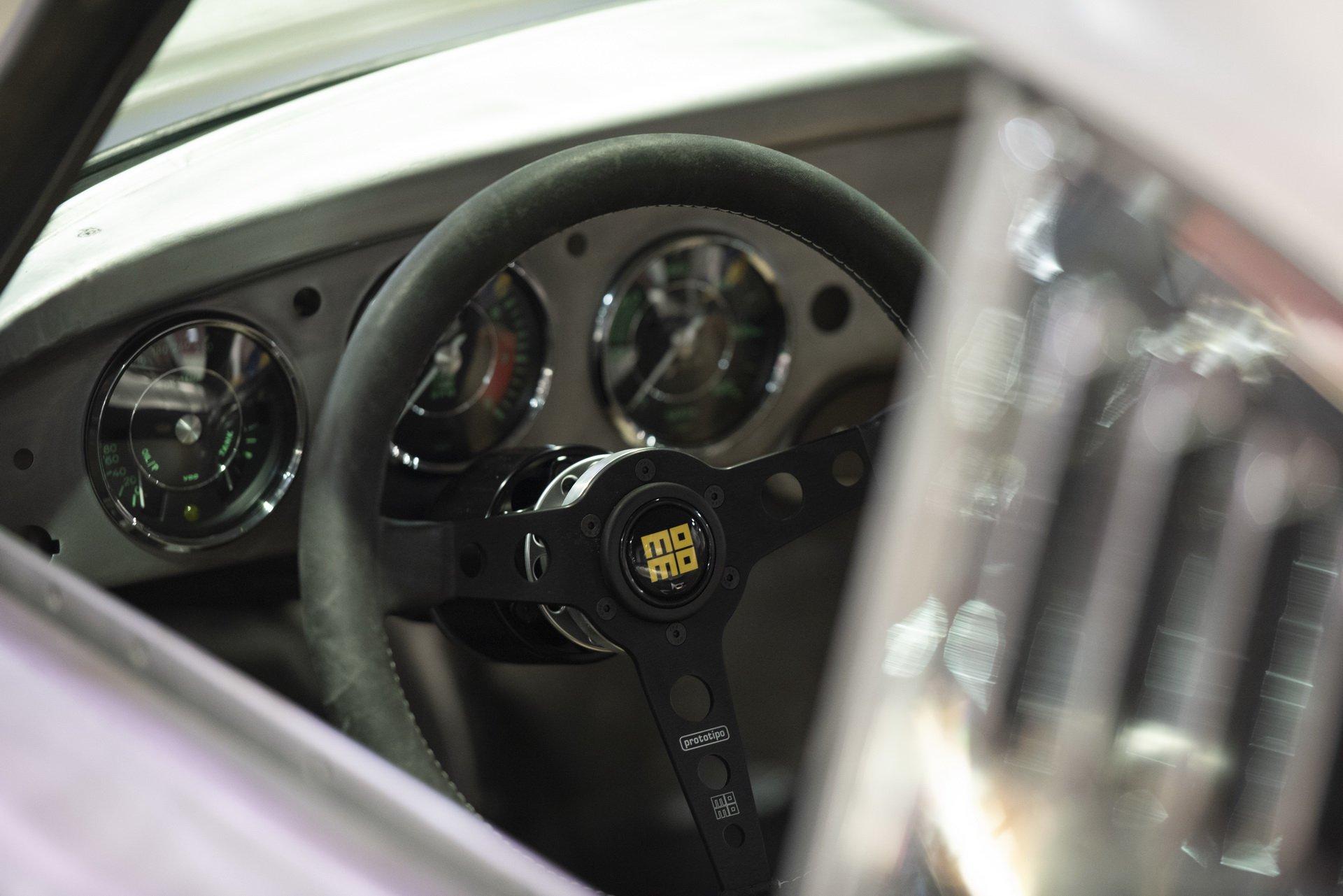 Momo Porsche 356 RSR Outlaw (8)