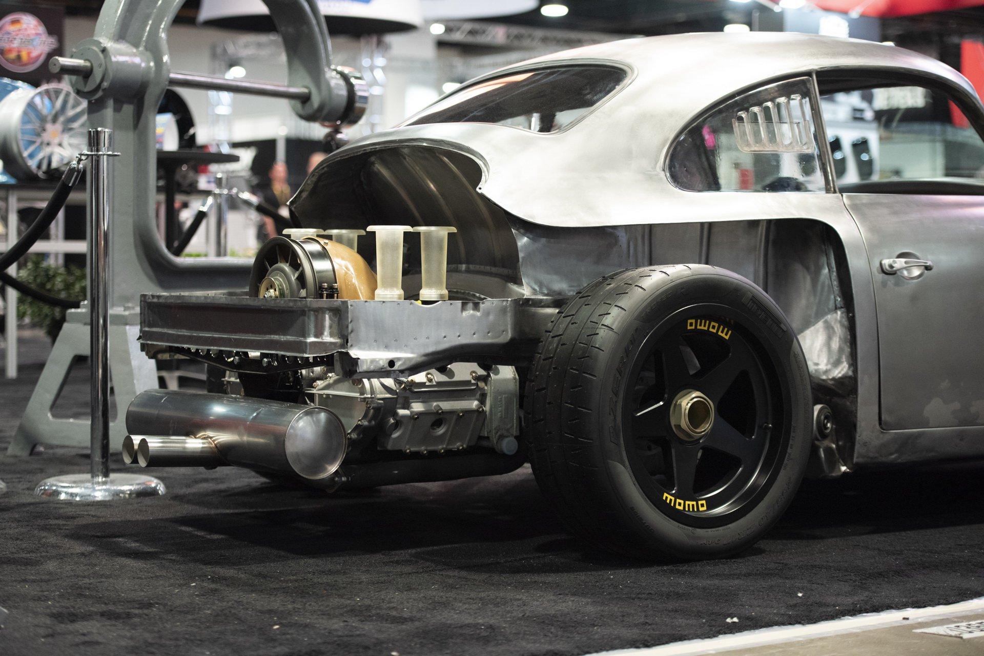 Momo Porsche 356 RSR Outlaw (9)