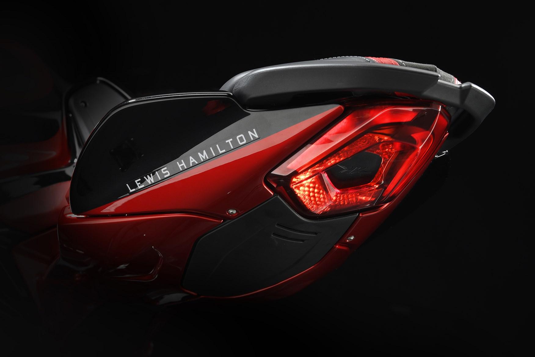 MV Agusta Brutale 800 RR Lewis Hamilton Edition (6)