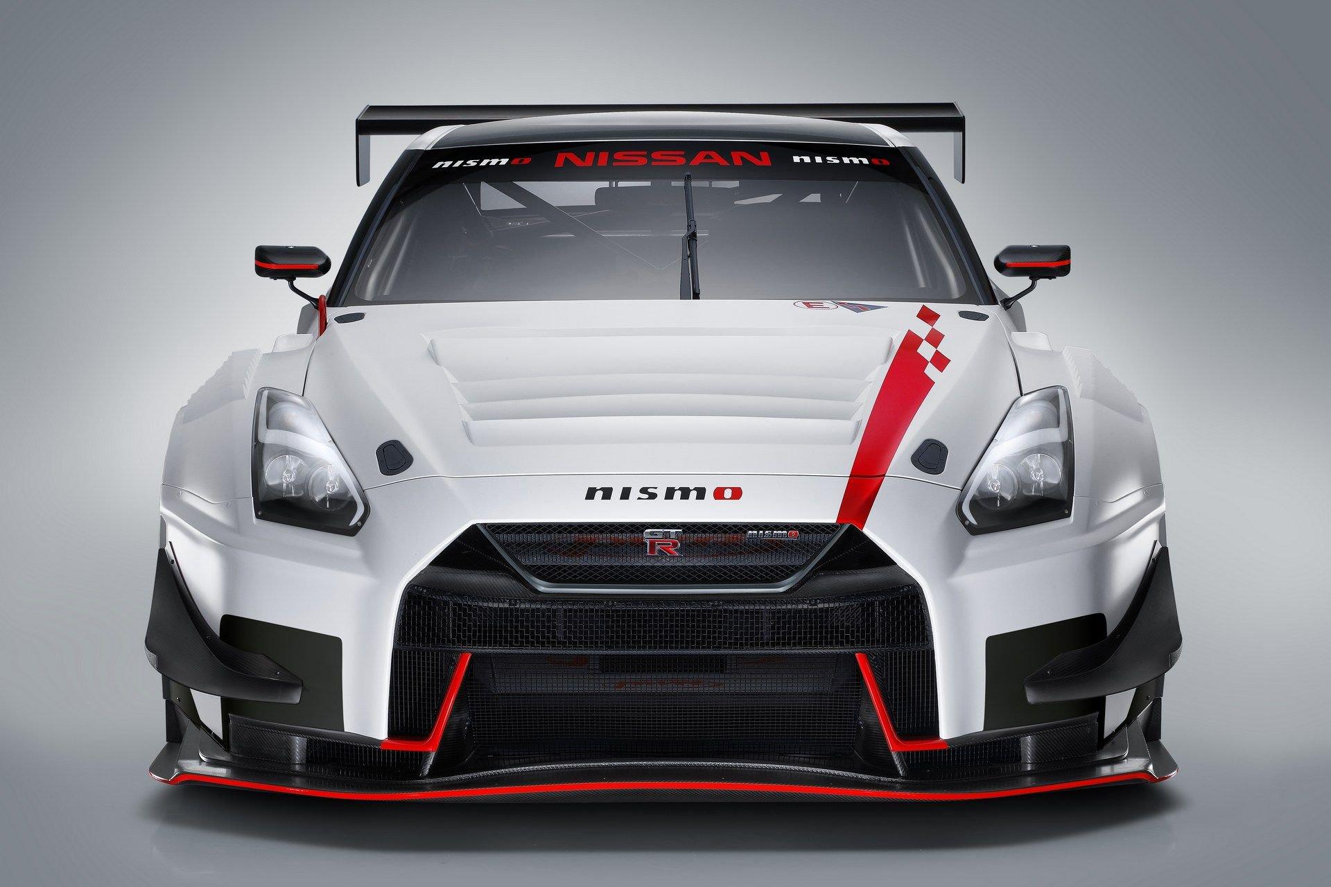 Nissan-GT-R-NISMO-GT3-2