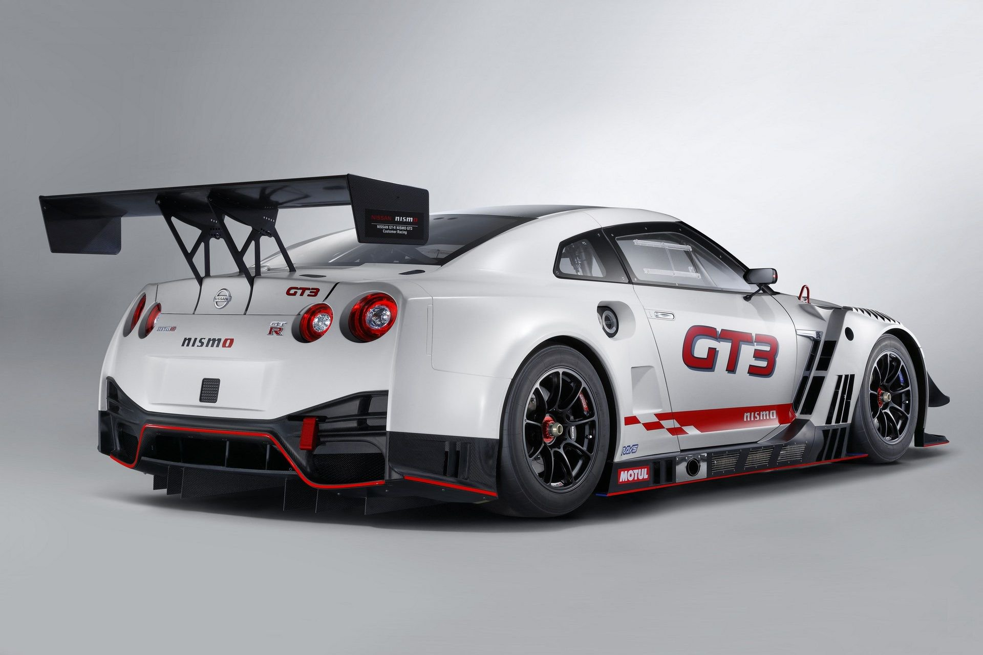 Nissan-GT-R-NISMO-GT3-6 (1)