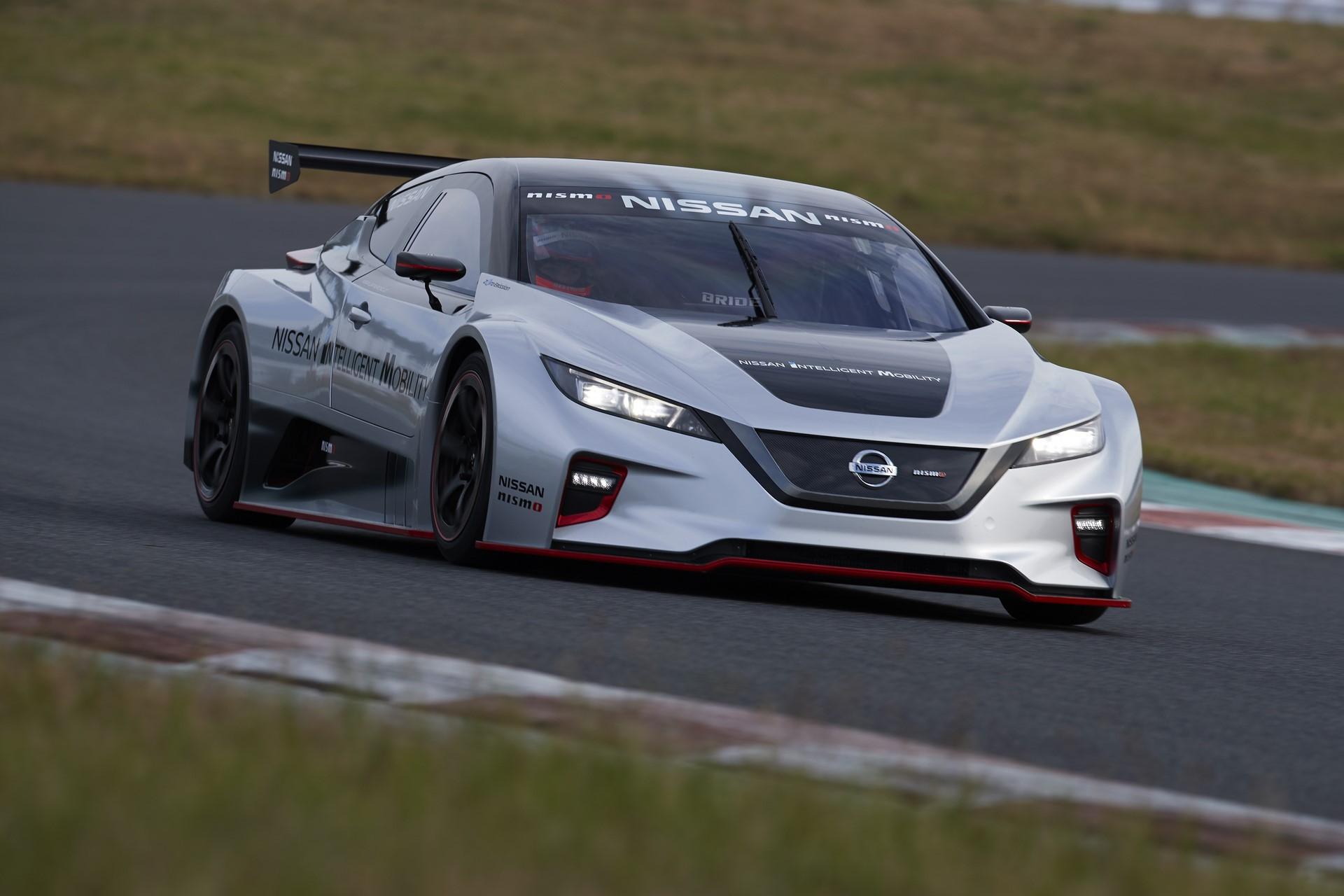 Nissan Leaf Nismo RC (12)