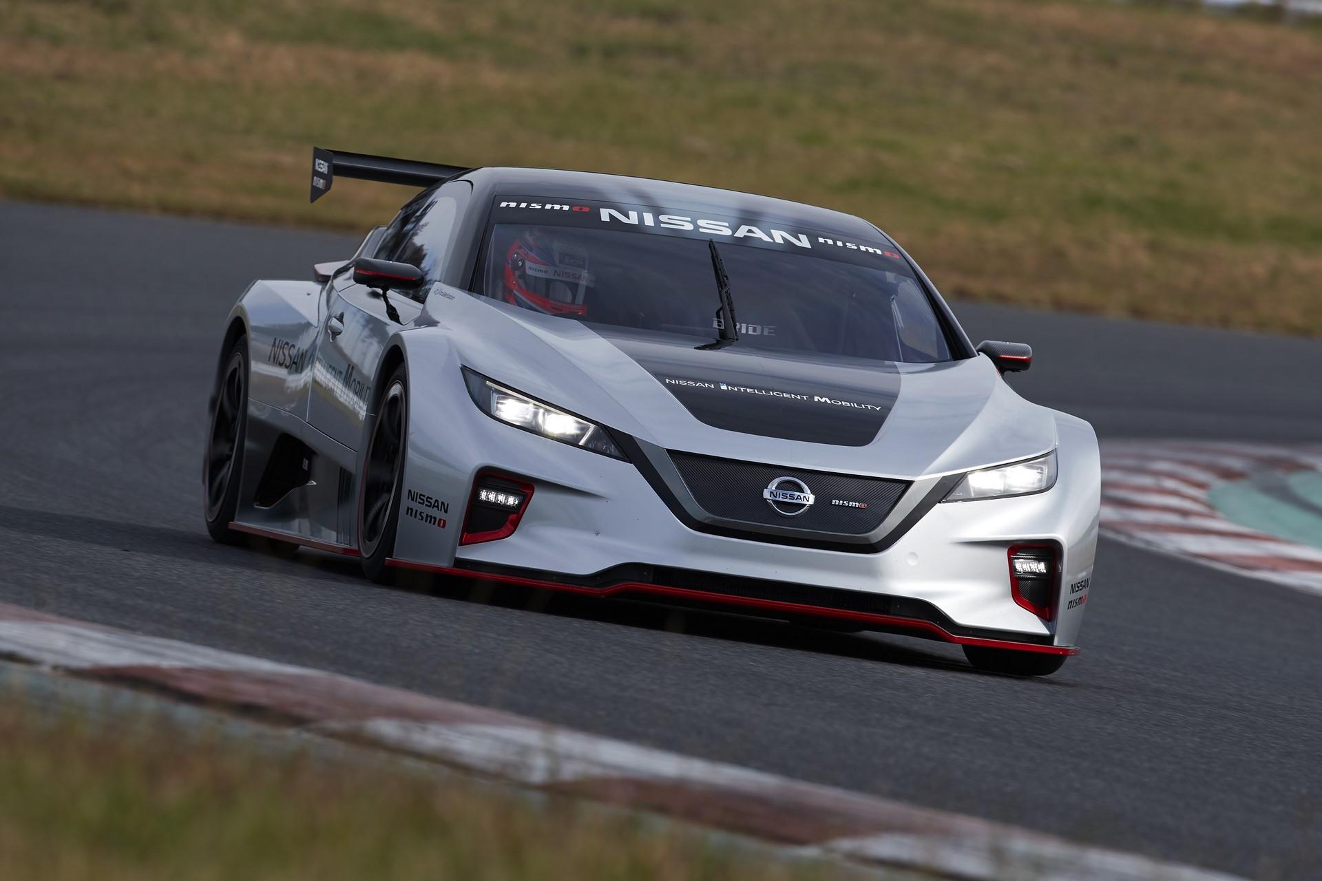 Nissan Leaf Nismo RC (13)