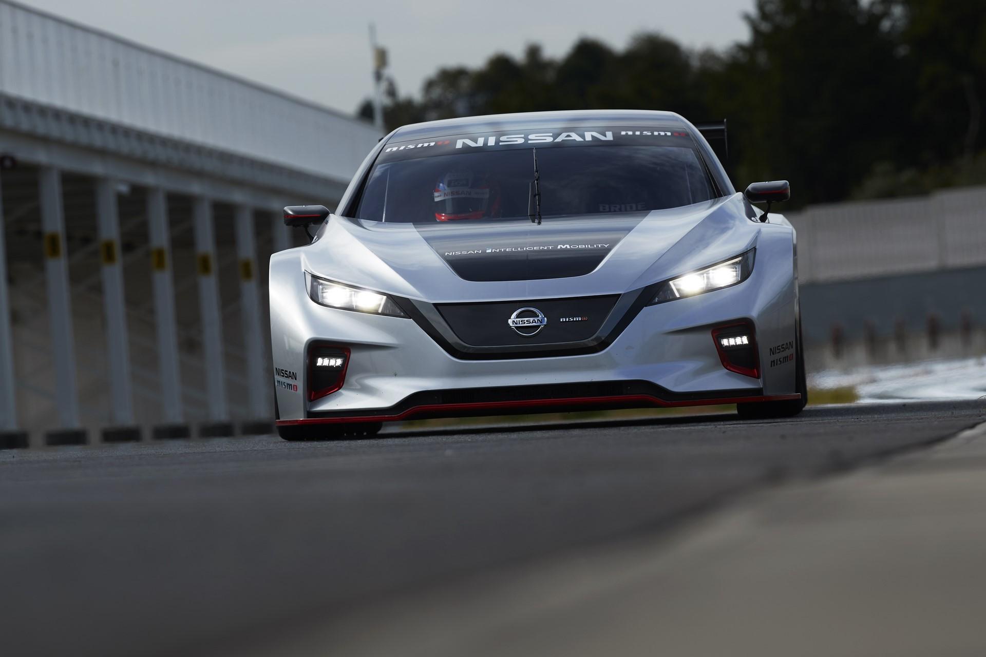 Nissan Leaf Nismo RC (24)