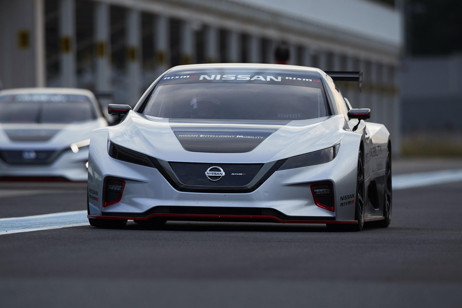 Nissan Leaf Nismo RC (25)