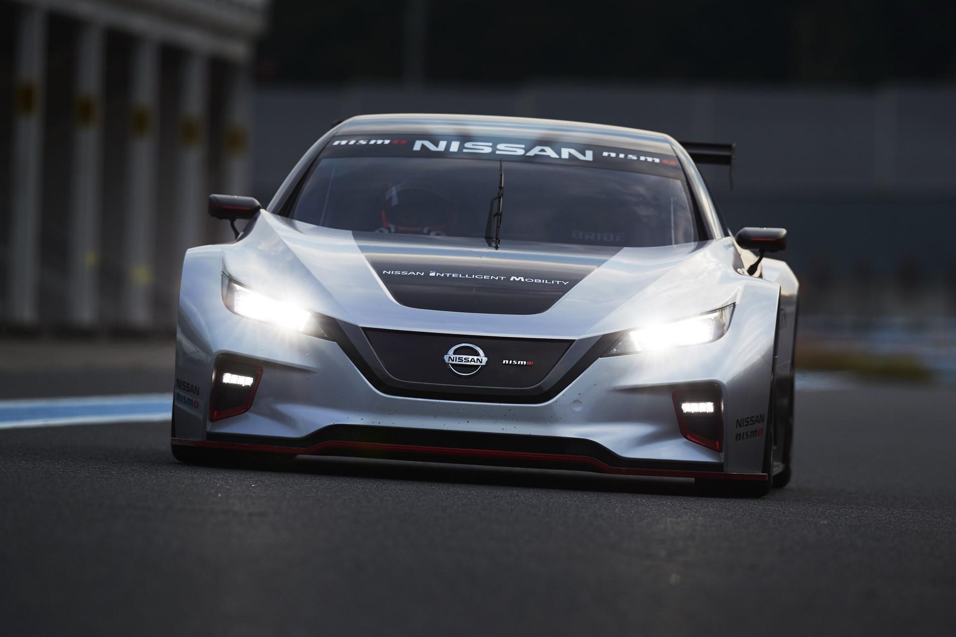 Nissan Leaf Nismo RC (26)