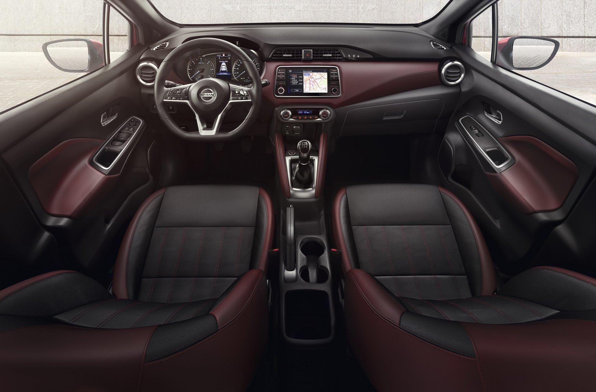 Nissan_Micra_infontaiment_0004
