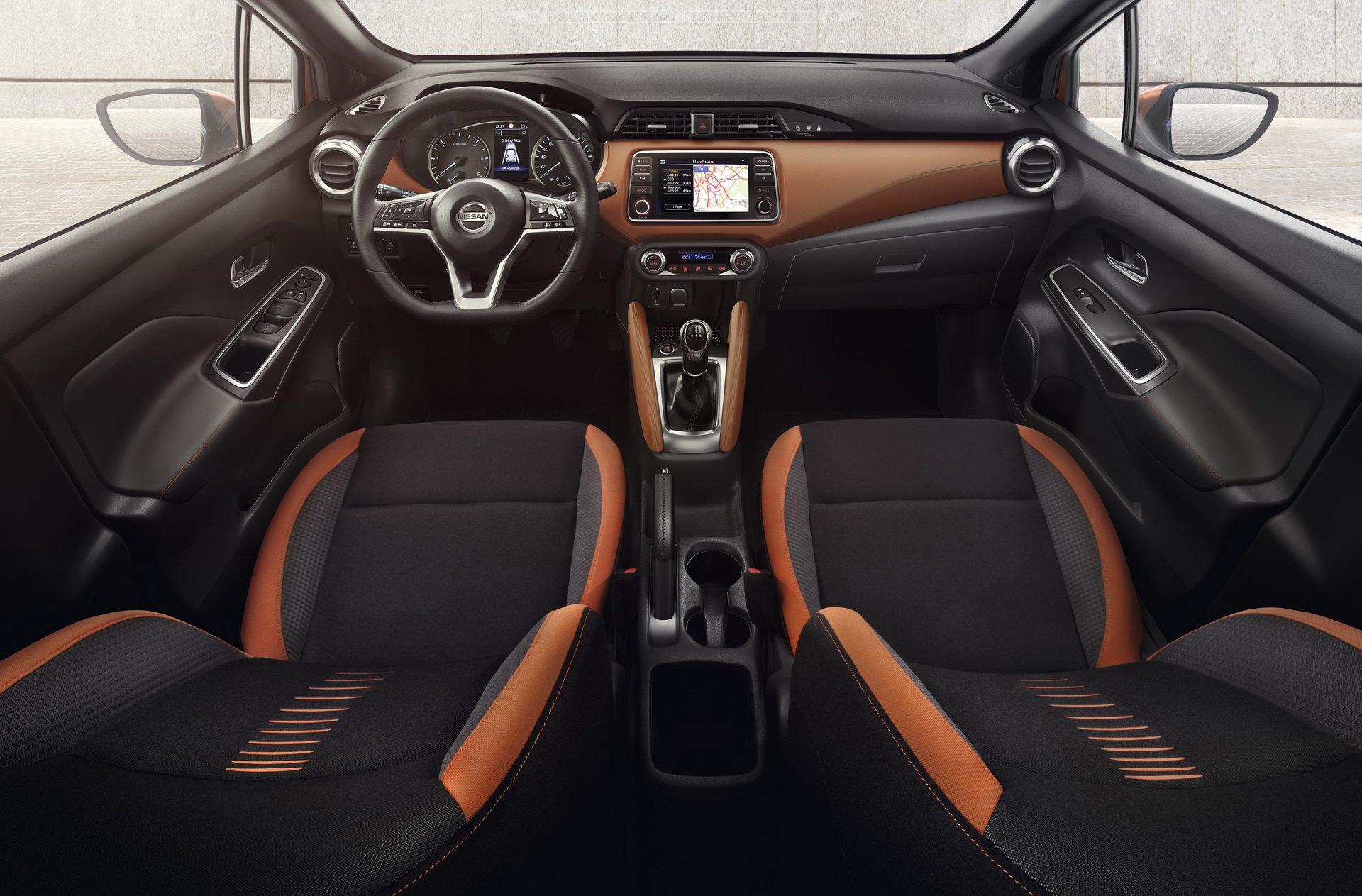 Nissan_Micra_infontaiment_0008