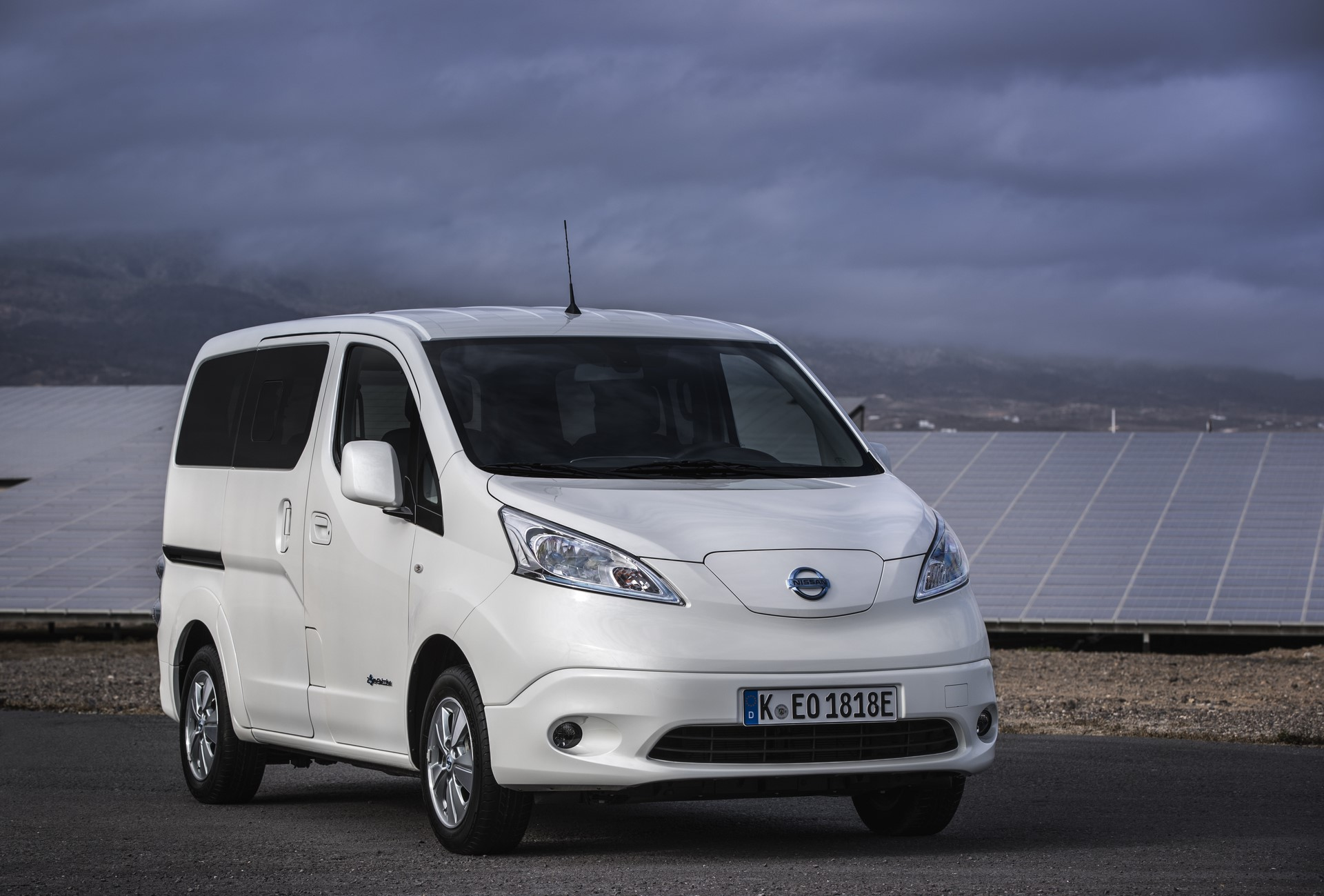 The upgraded Nissan e-NV200: The LCV market game changer. Zero-emissions van, now goes further than ever on a single charge
