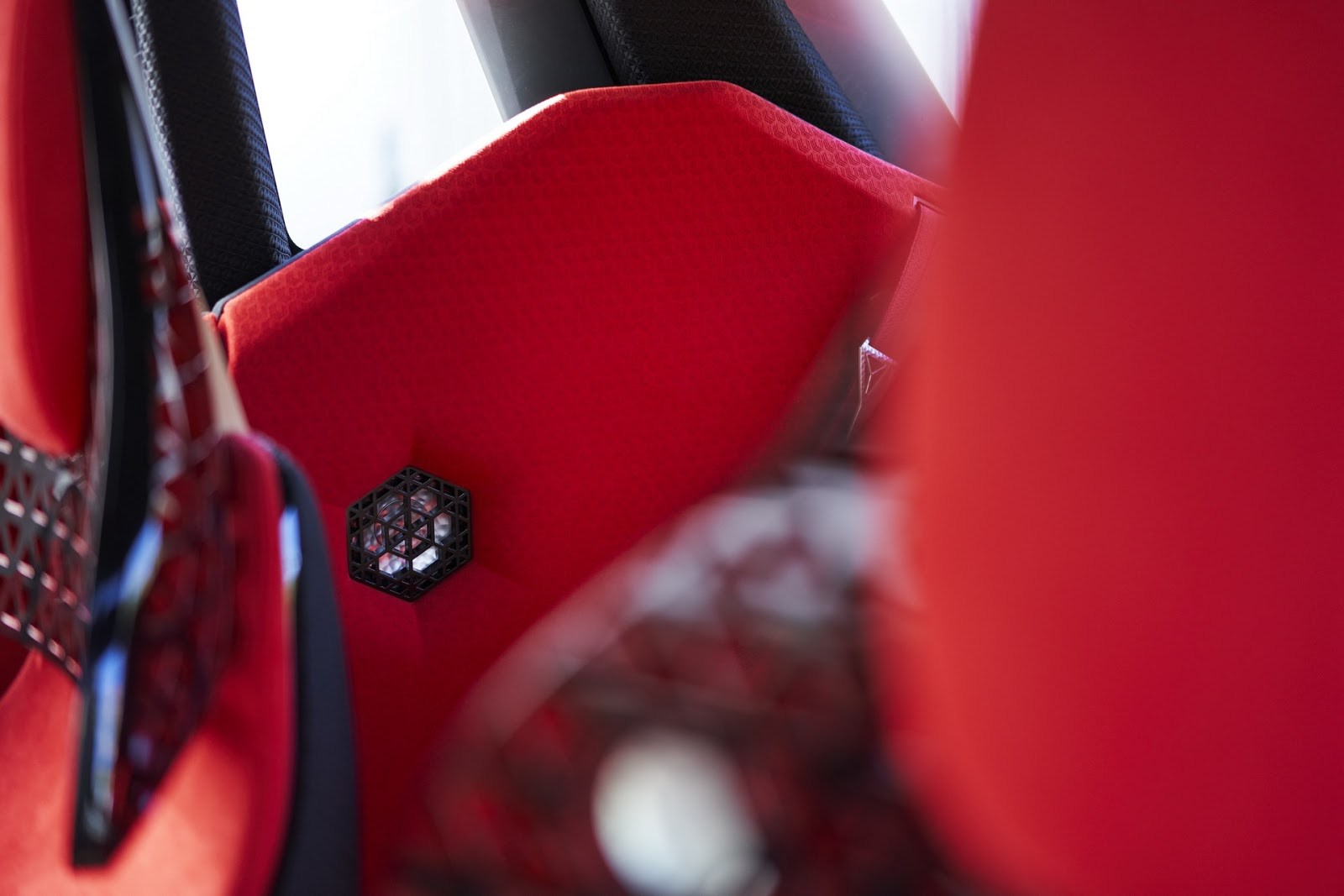Nissan-Xmotion-Concept-473