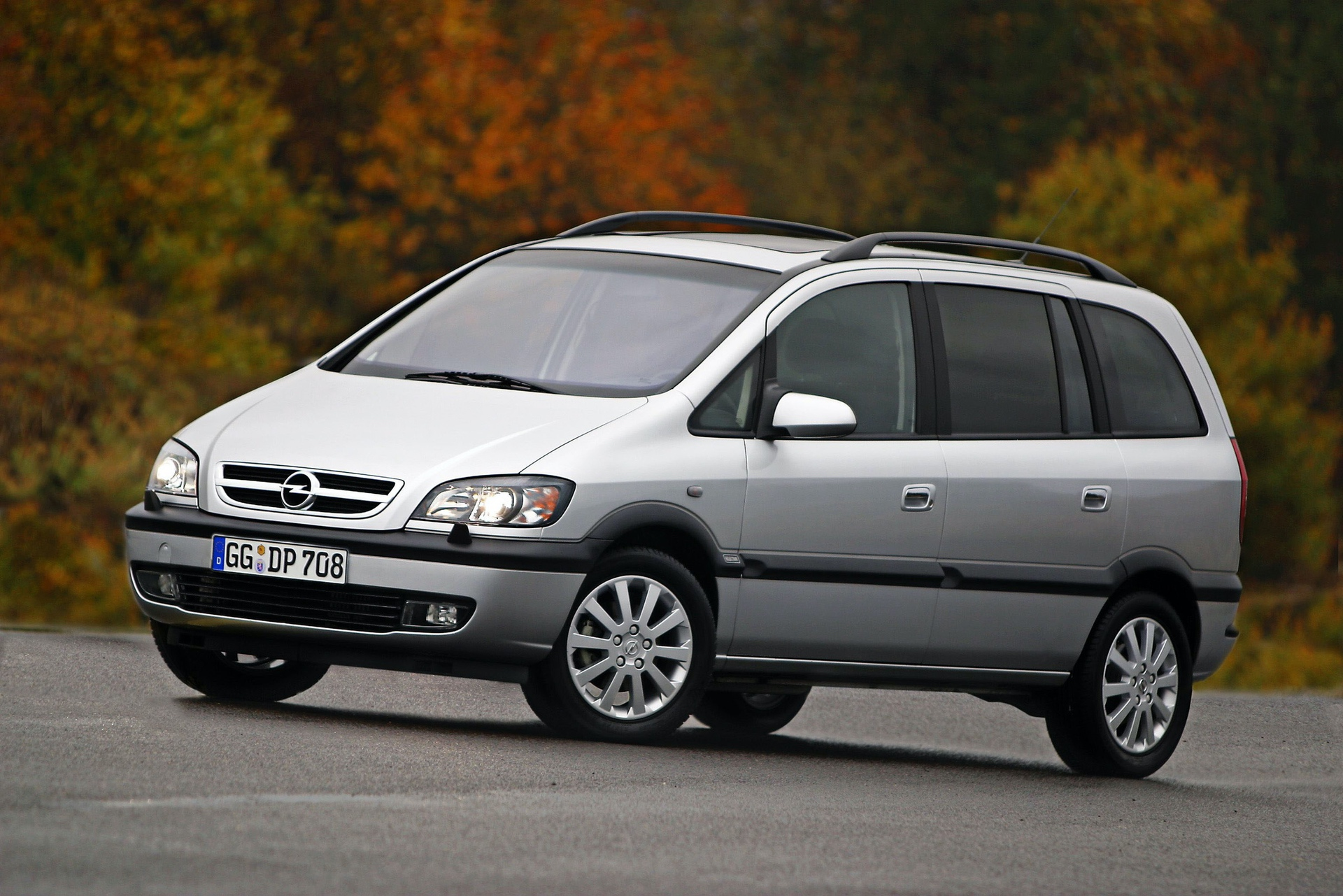 Opel-Zafira-71161_0