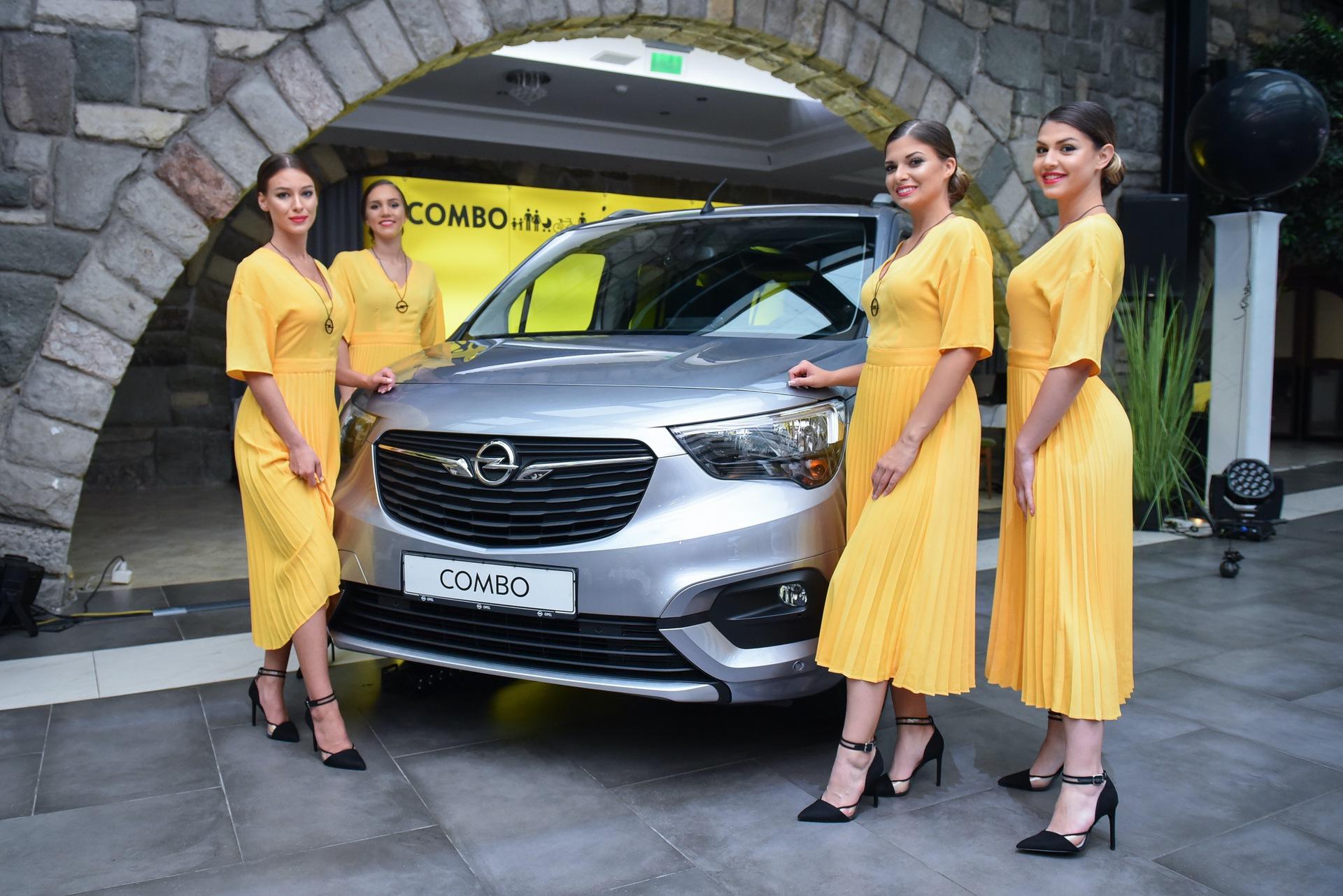 Opel_Combo_Life_static_0007