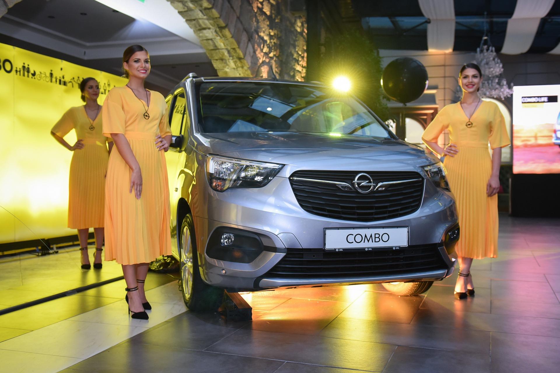 Opel_Combo_Life_static_0021