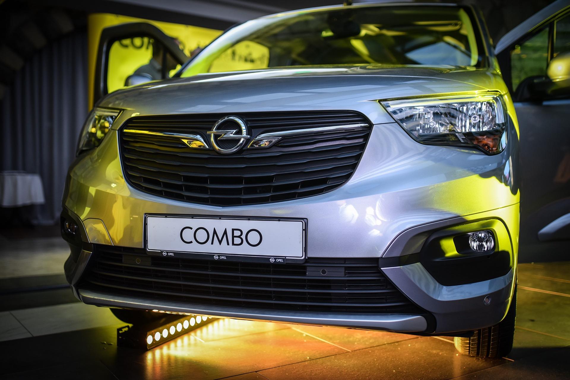 Opel_Combo_Life_static_0023