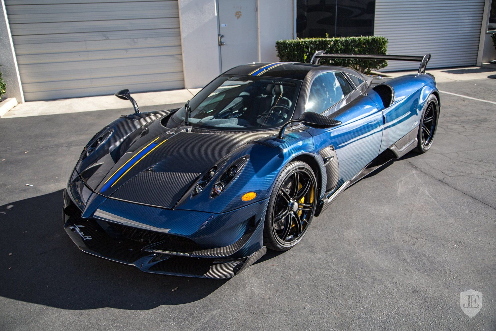 Pagani_Huayra_BC_for_sale_0016