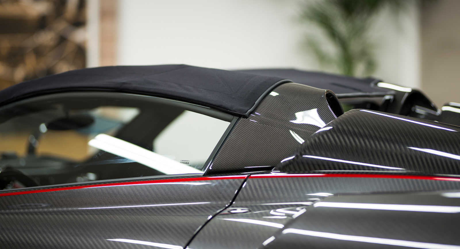 Pagani Huayra Roadster with Pagani Fabric roof (3)