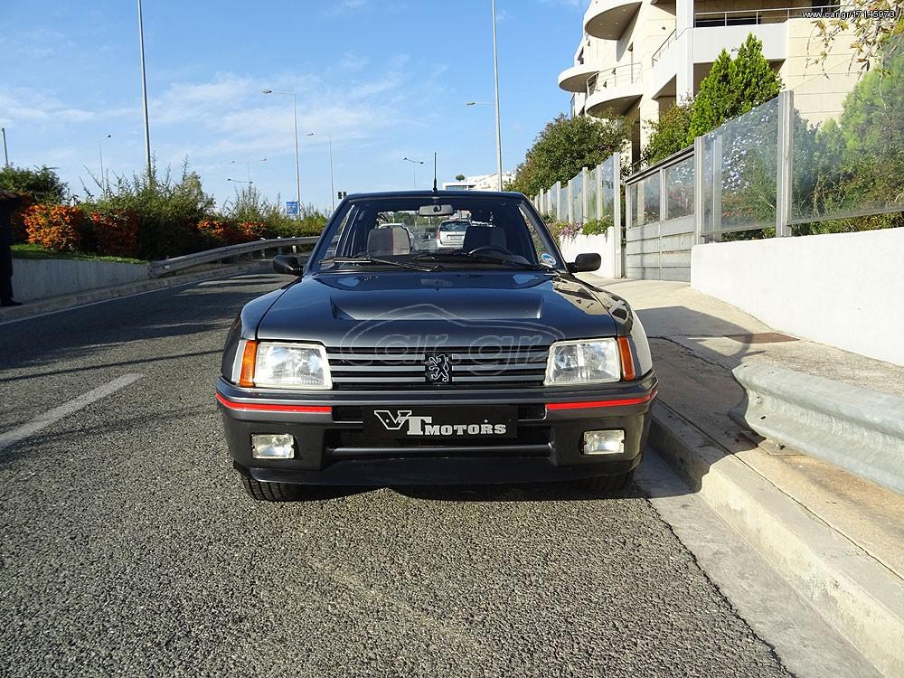 Peugeot_205_T16_0024