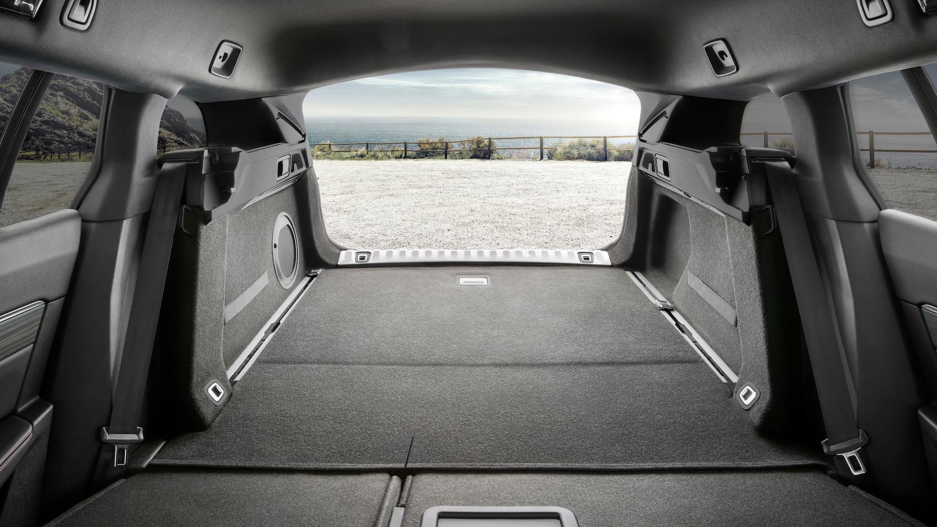Peugeot 508 SW 2018 (10)