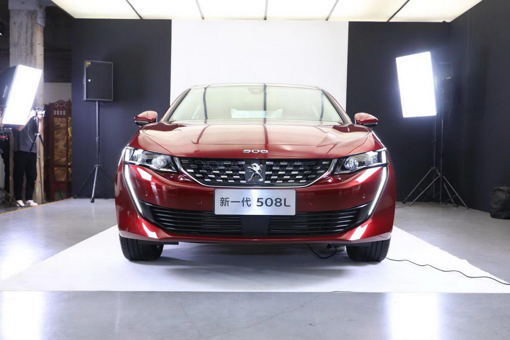 Peugeot 508L 2019 (2)