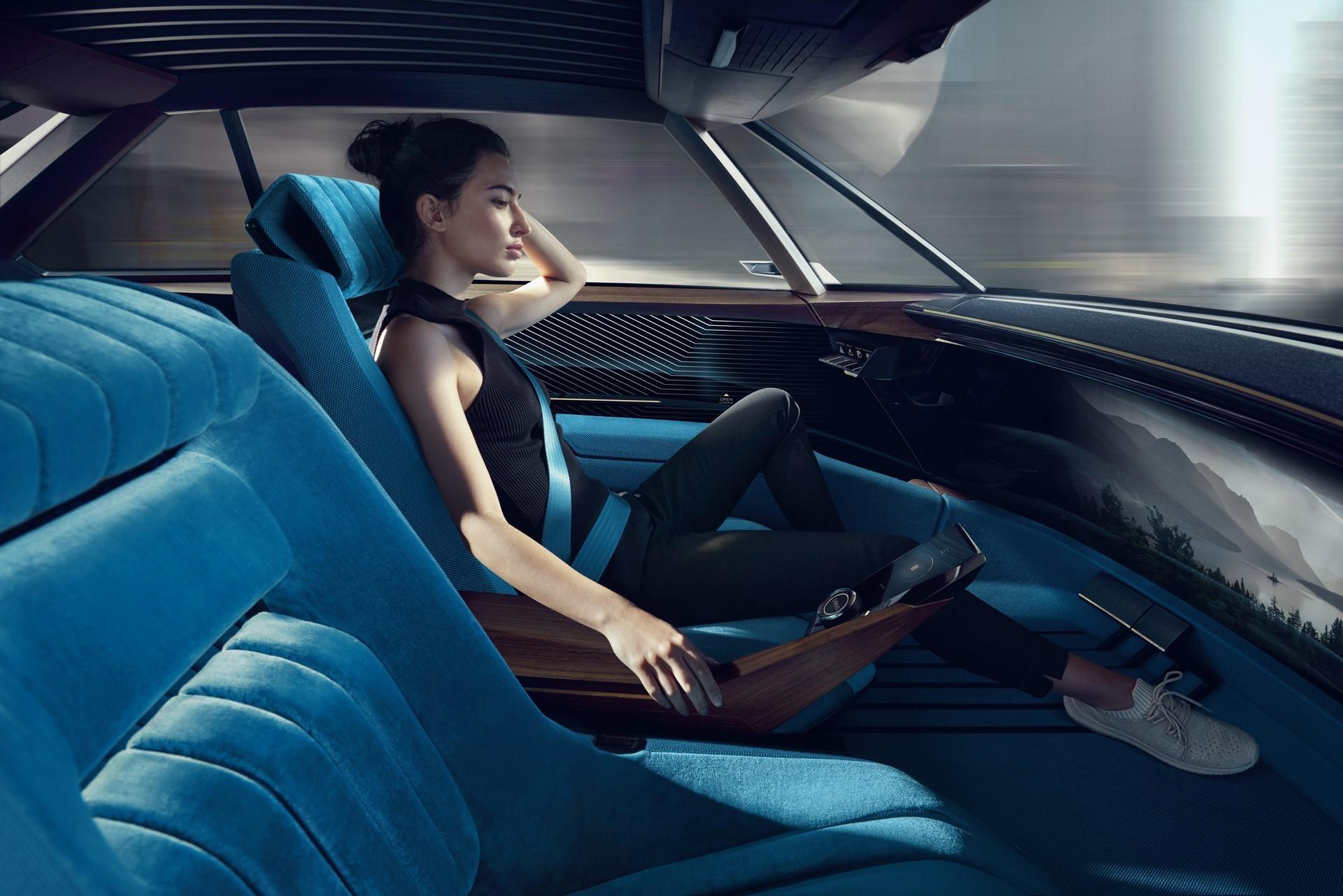 Peugeot E-Legend Concept (32)