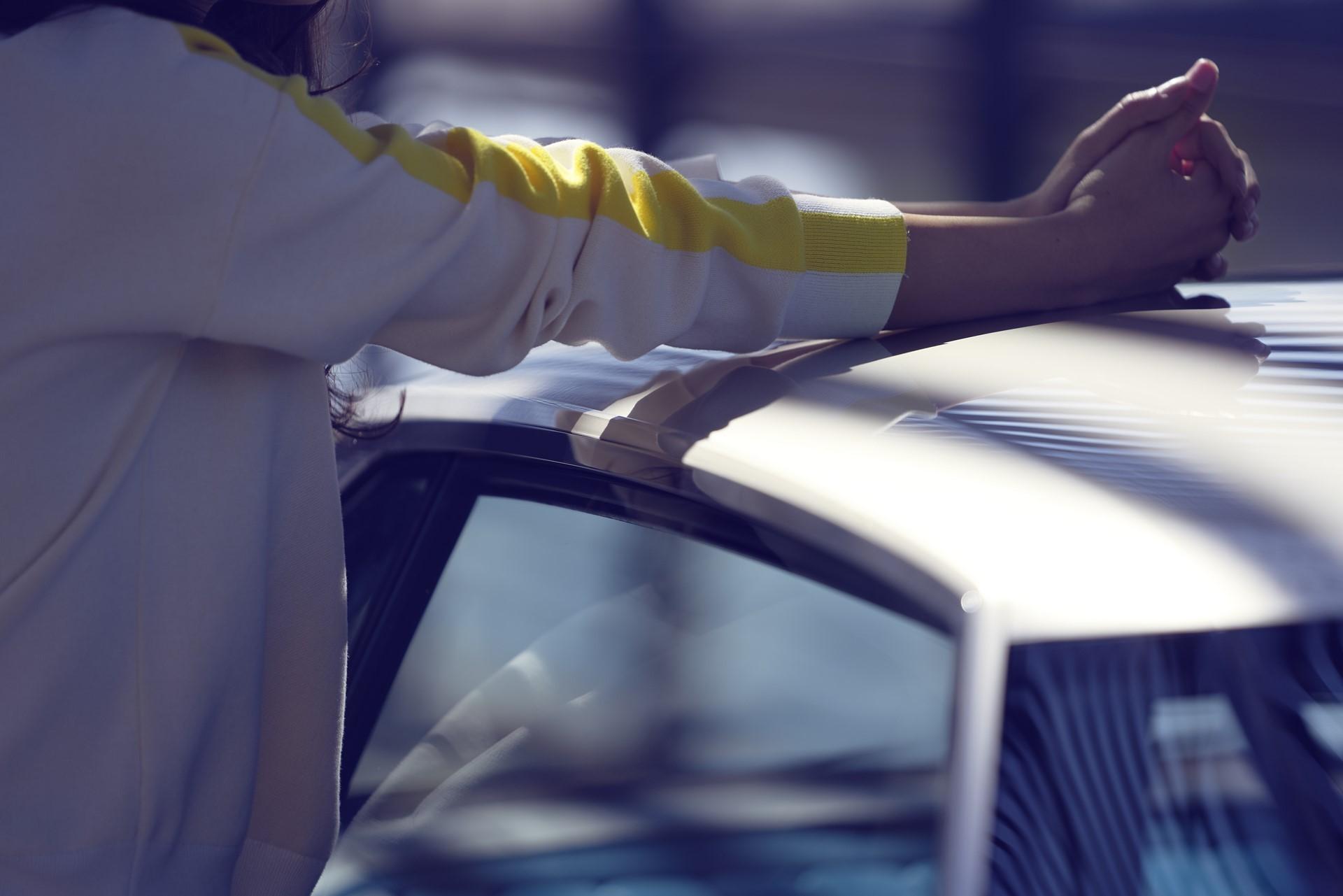 Peugeot E-Legend Concept (41)