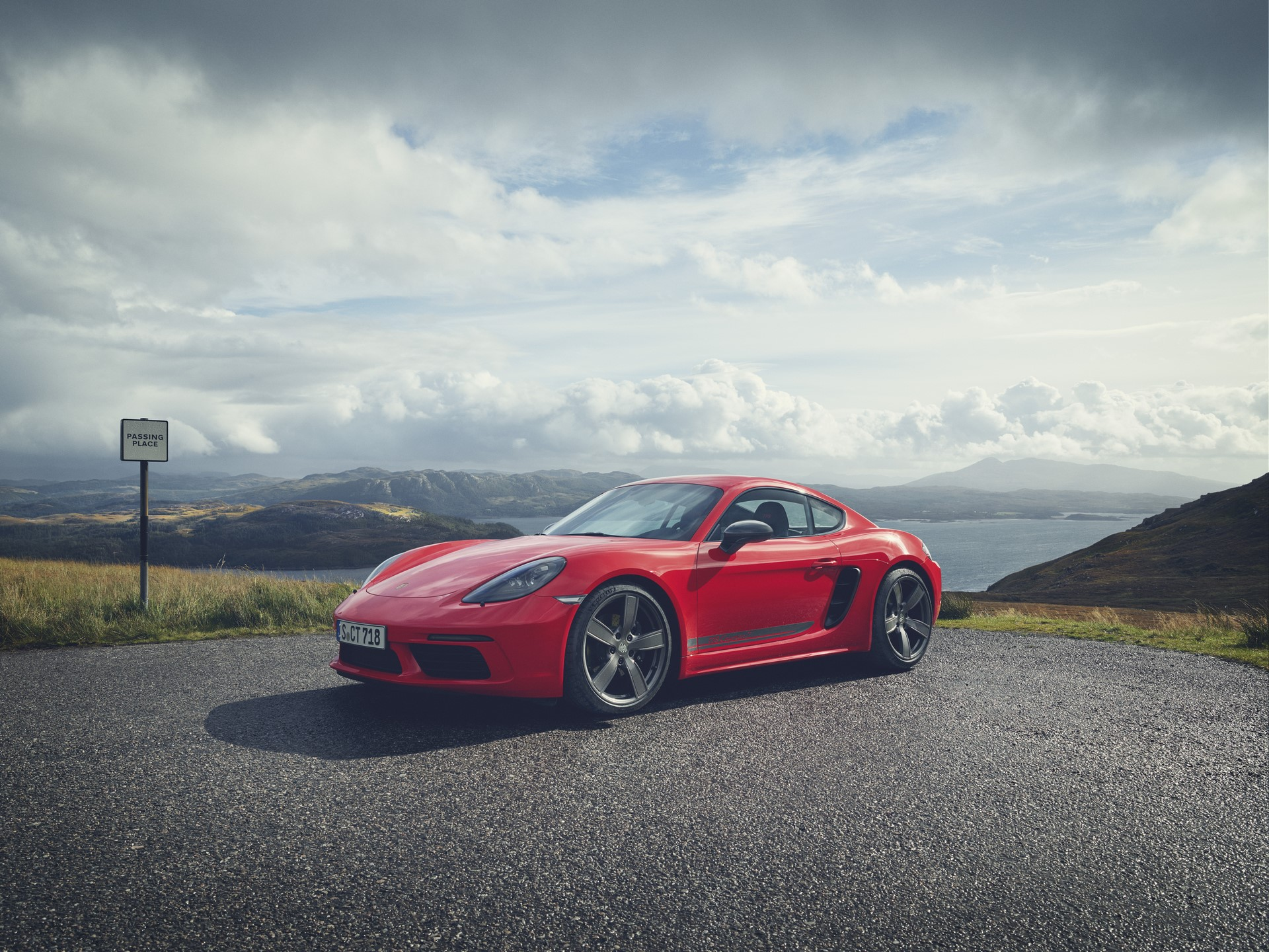 Porsche 718 Boxster T and 718 Cayman T (11)
