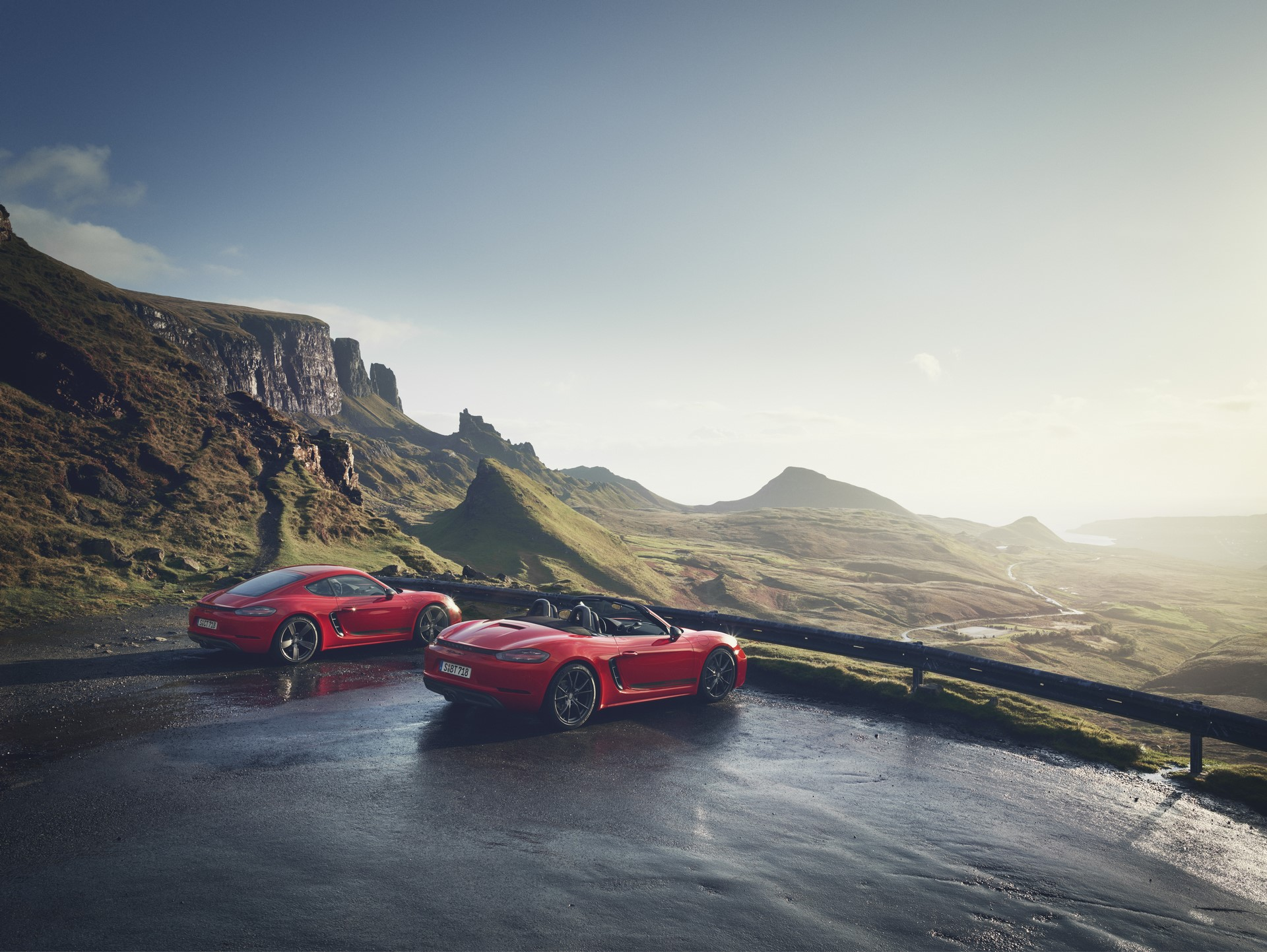 Porsche 718 Boxster T and 718 Cayman T (2)