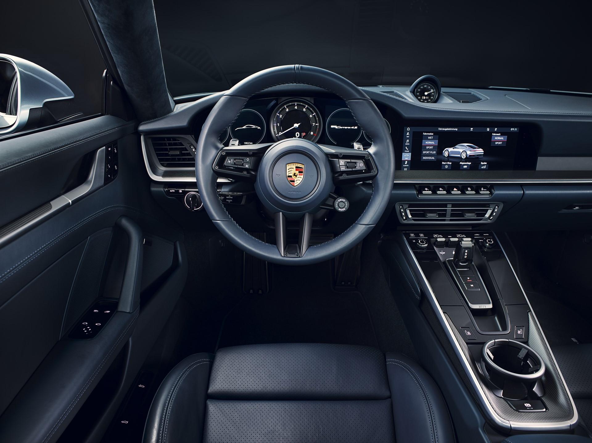 Porsche 911 2019 (10)
