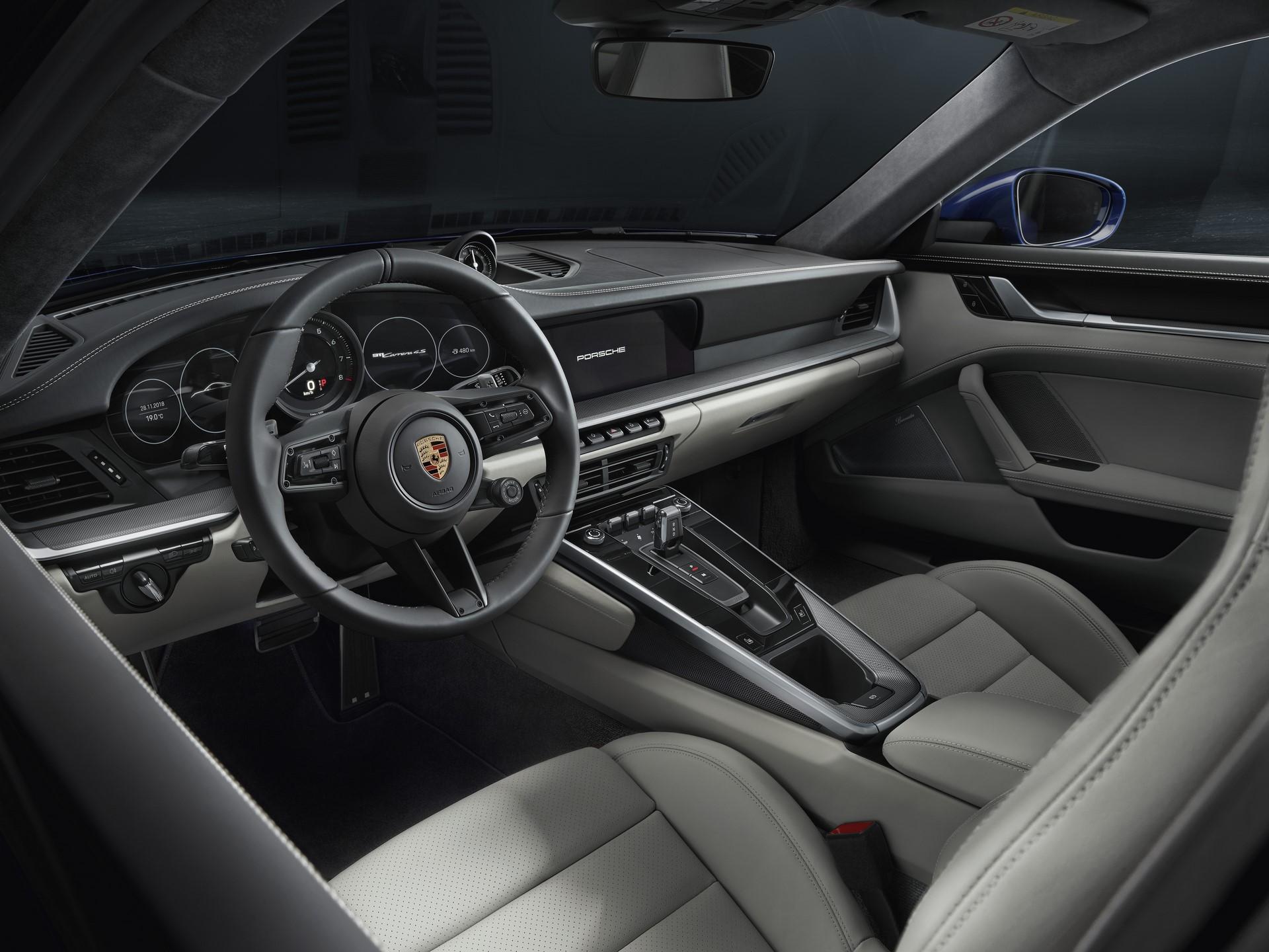 Porsche 911 2019 (11)
