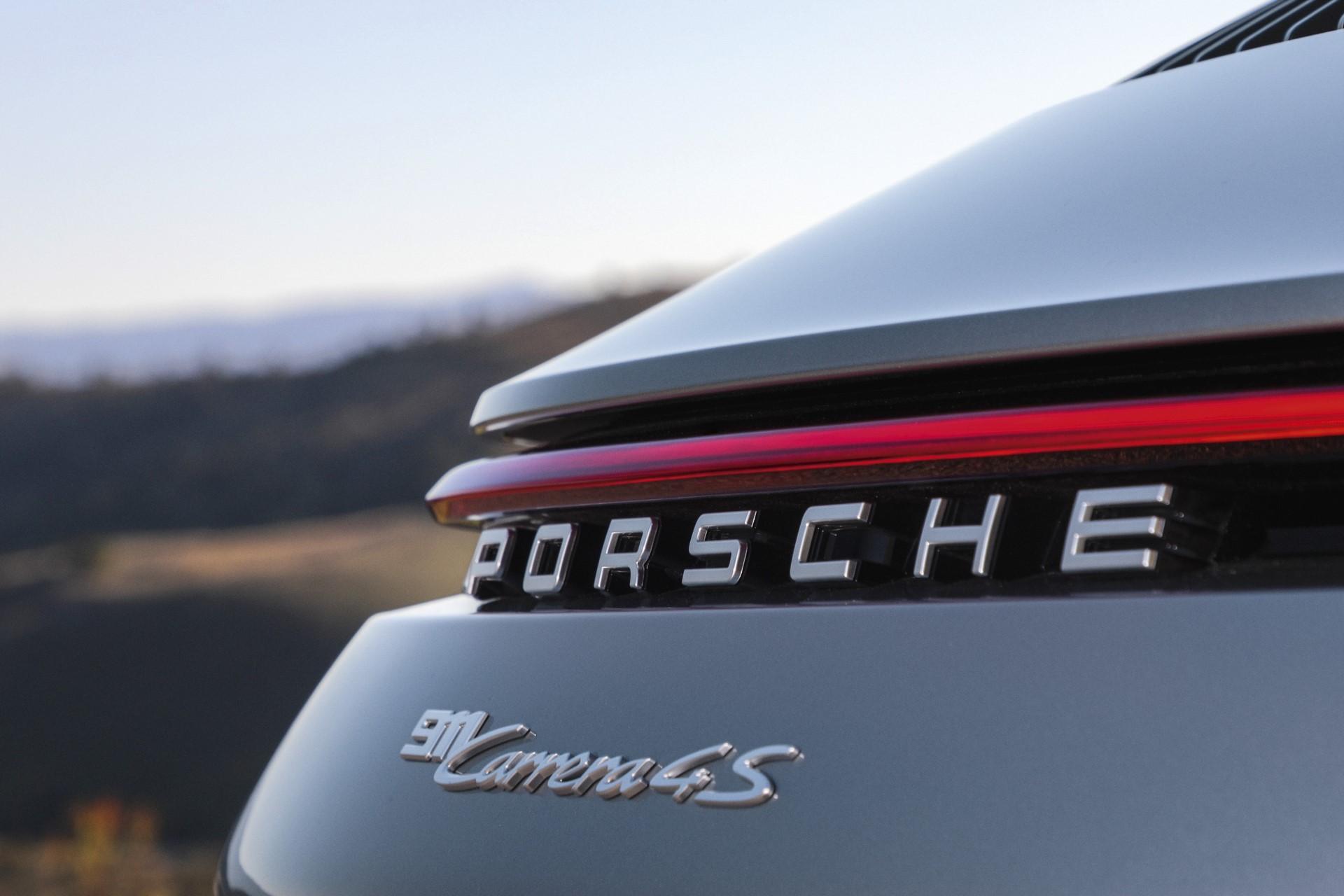 Porsche 911 2019 (4)