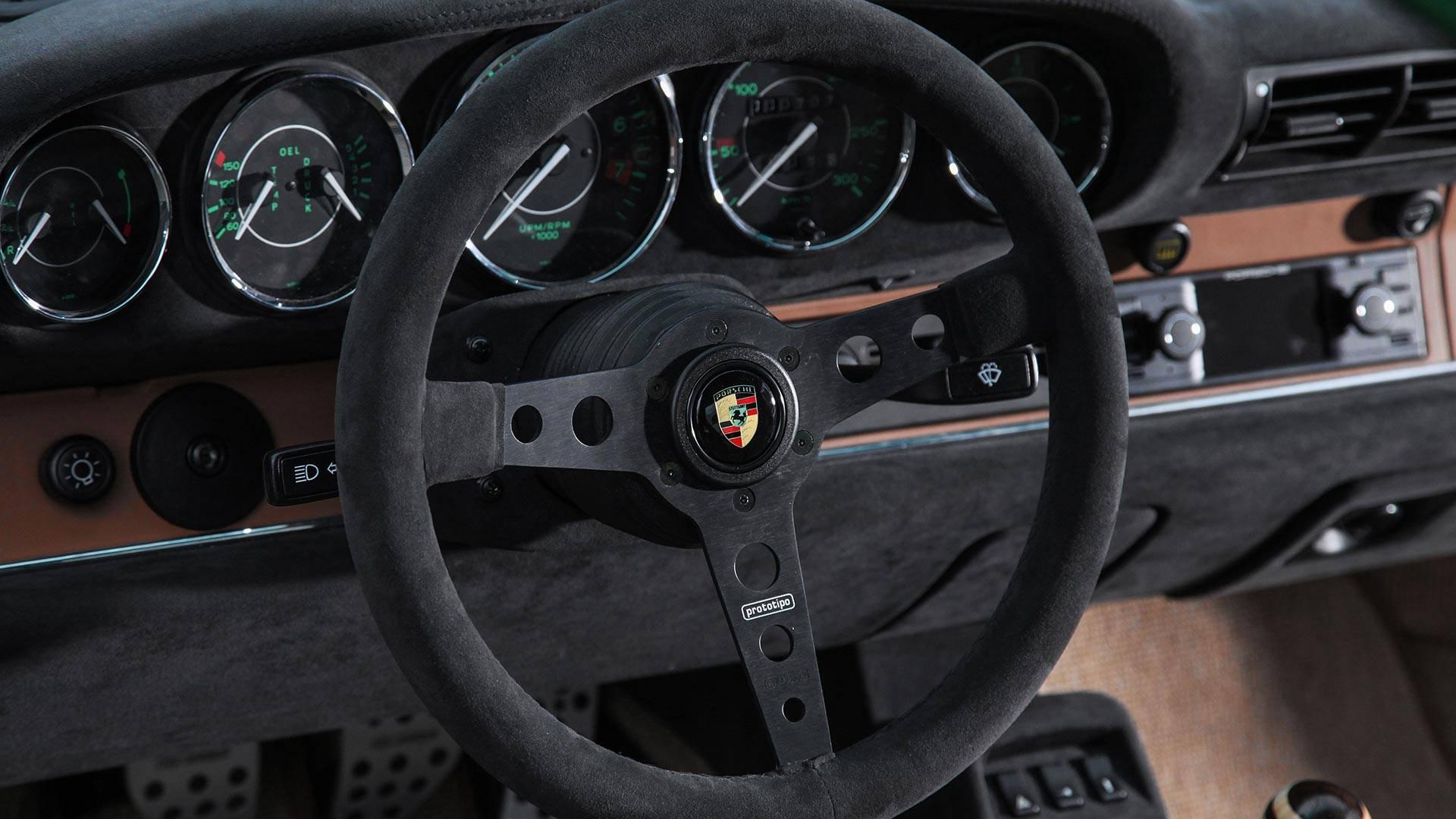 dp-motorsport-porsche-911-964 (13)