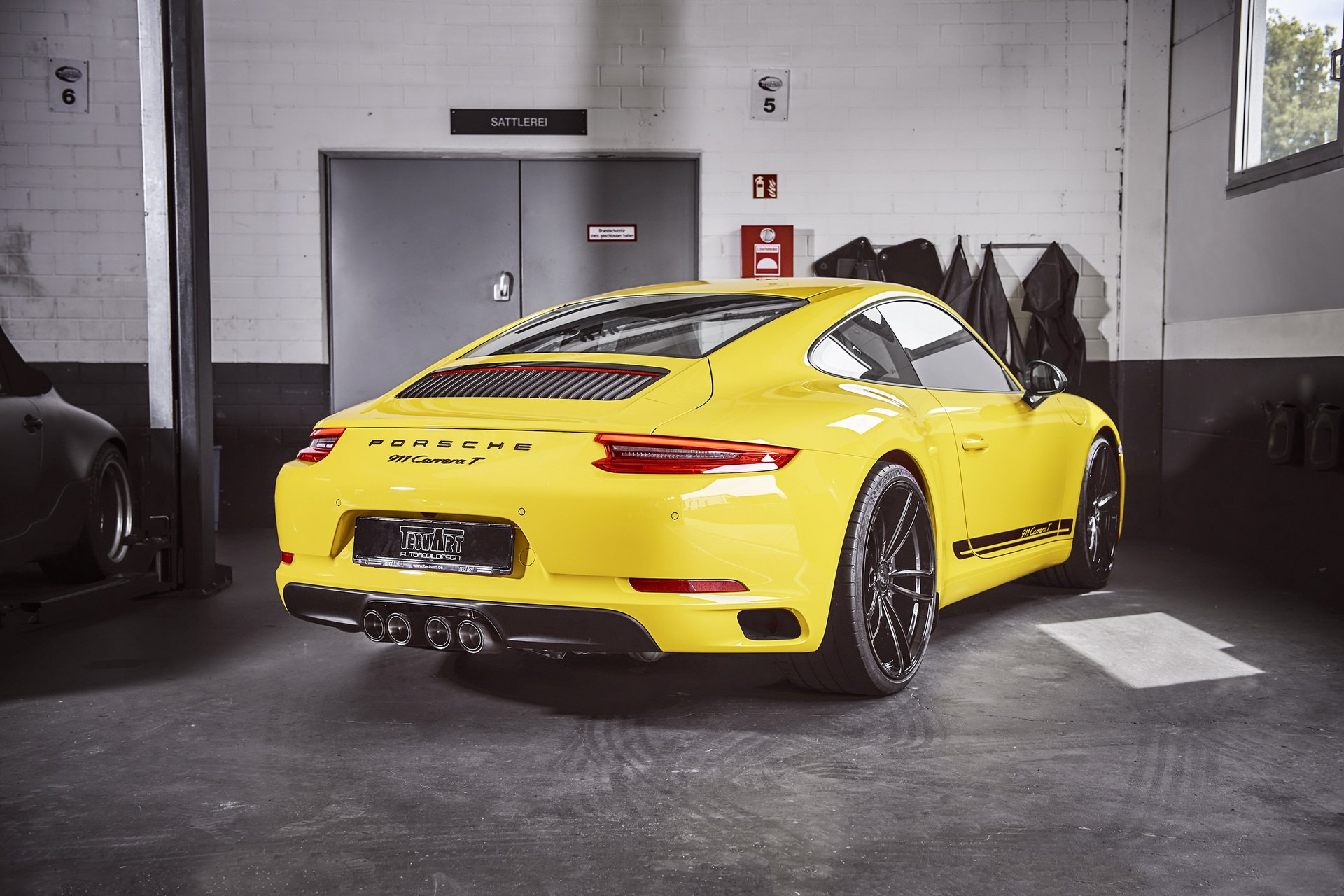 Porsche 911 Carrera T by TechArt 3