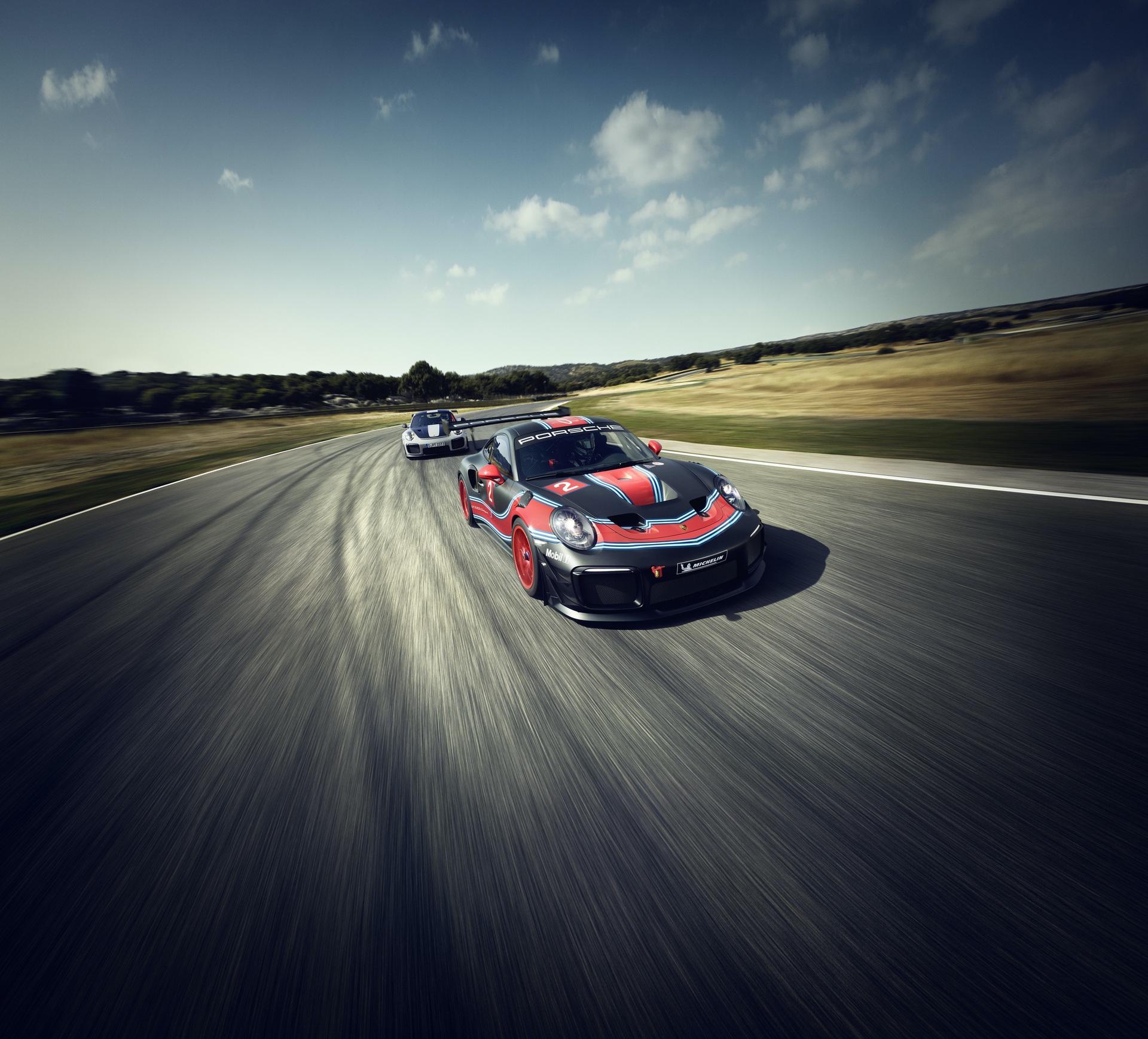 Porsche_911_GT2_RS_Clubsport_0000