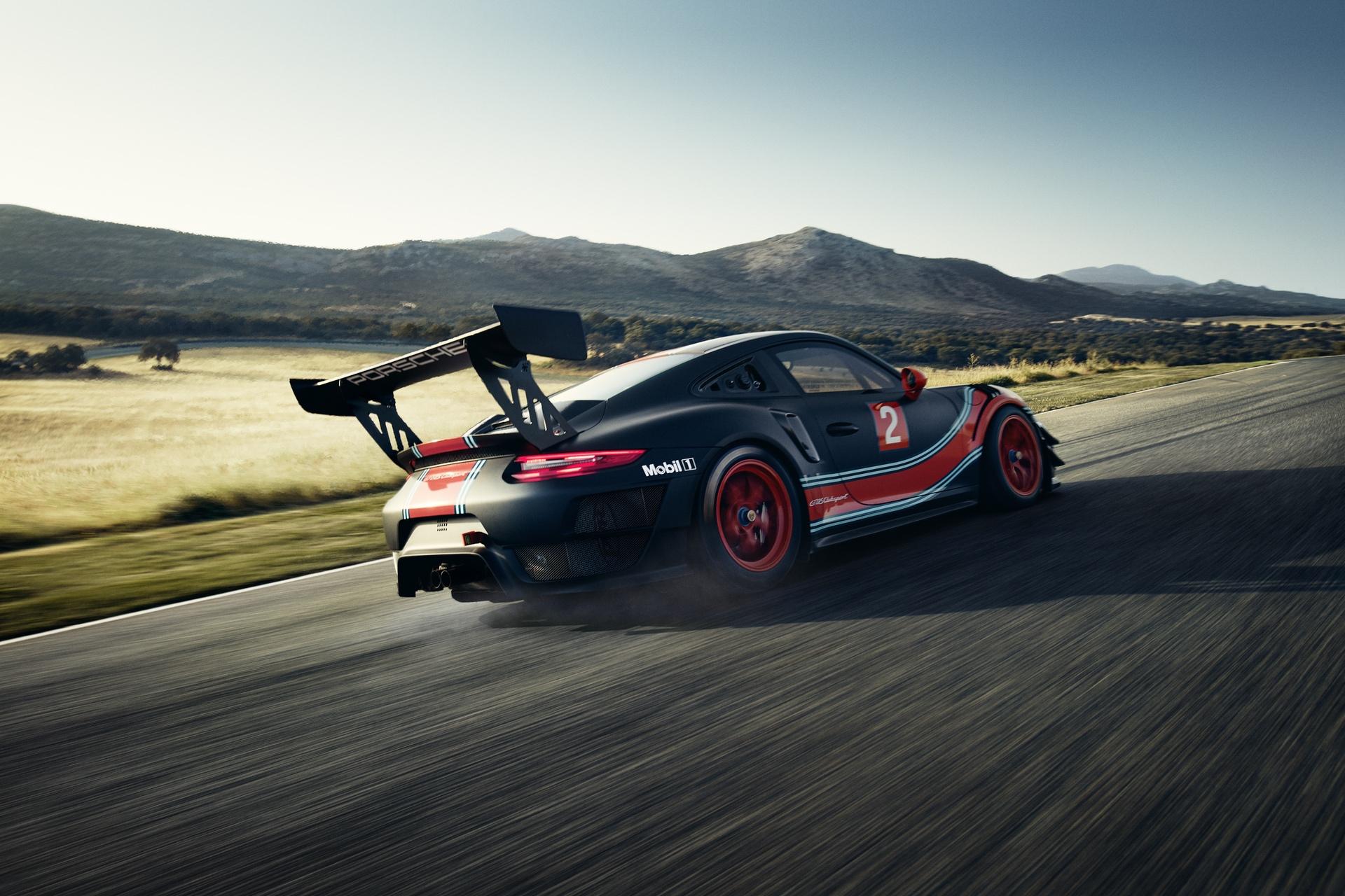 Porsche_911_GT2_RS_Clubsport_0005
