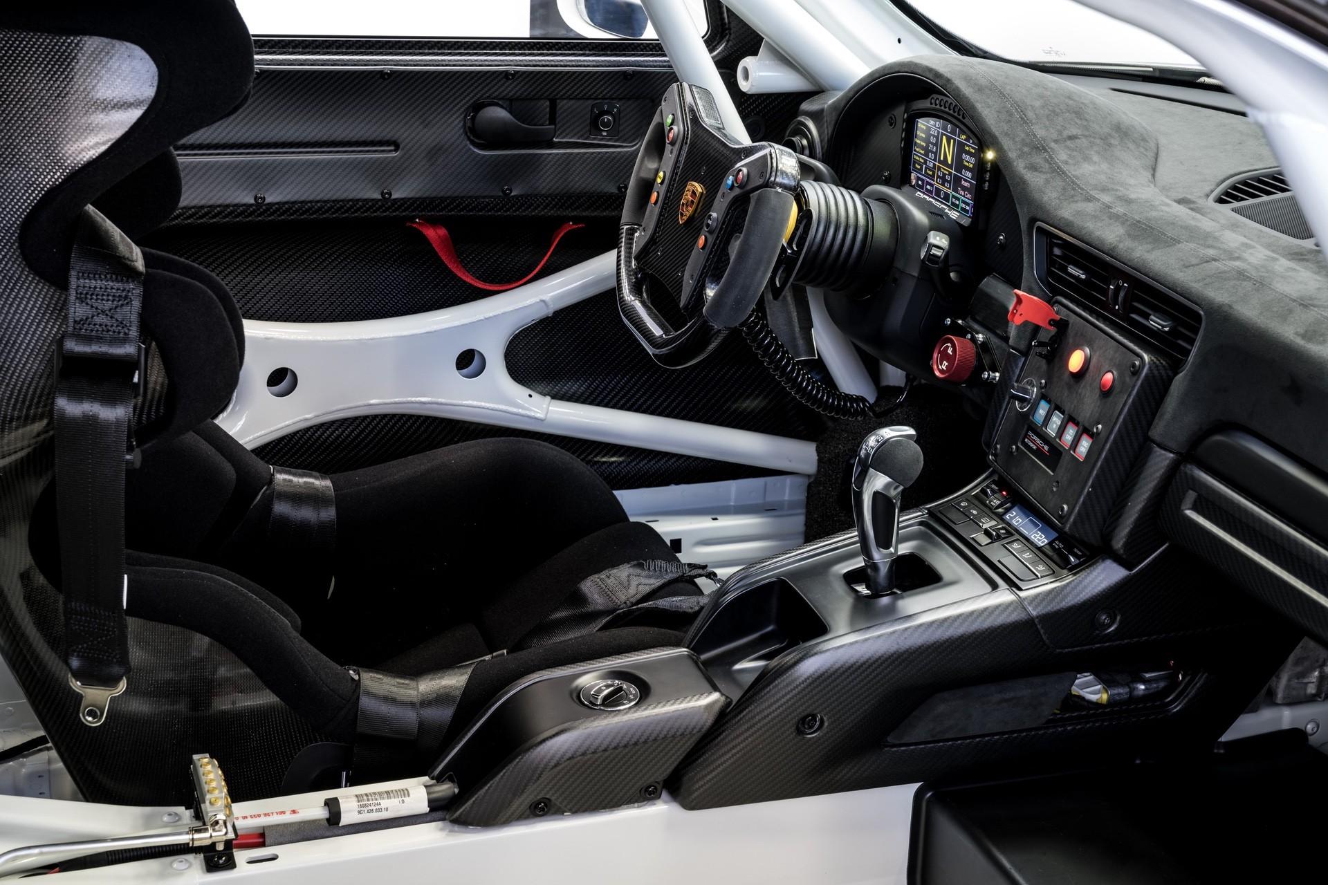 Porsche_911_GT2_RS_Clubsport_0006