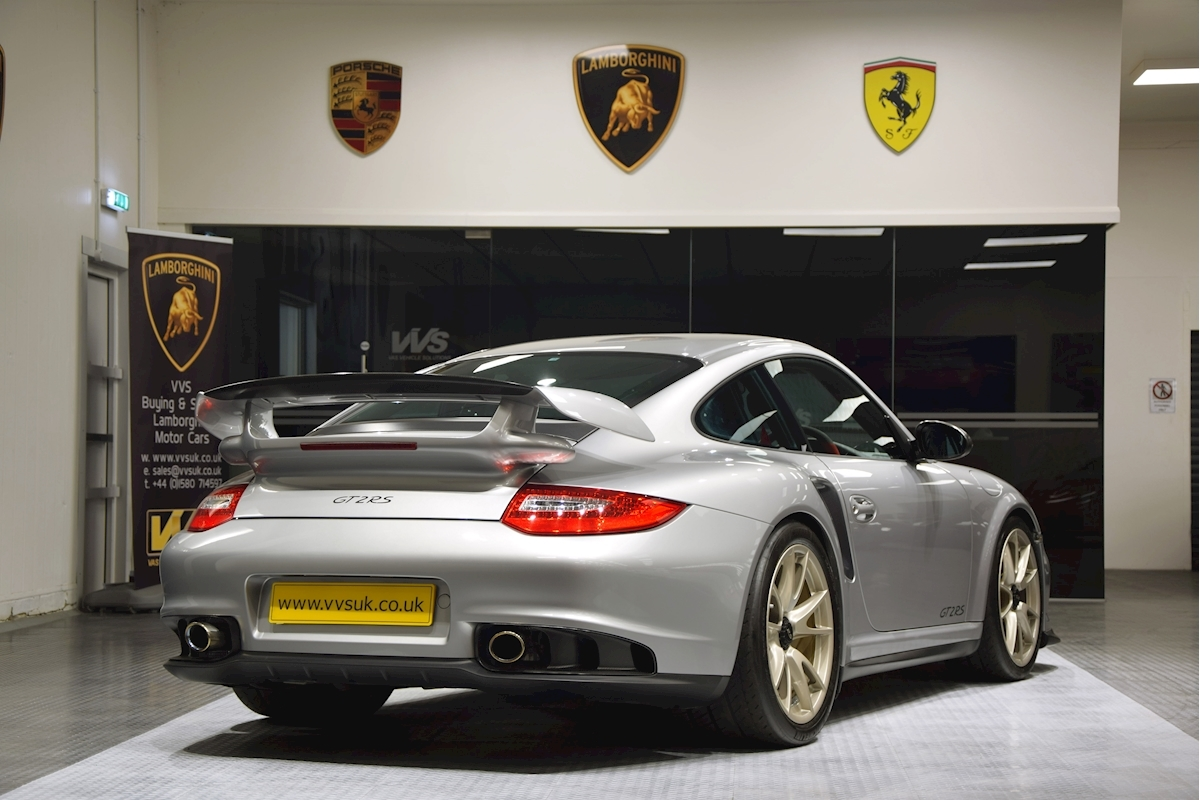 Porsche_911_GT2_RS_for_sale0032