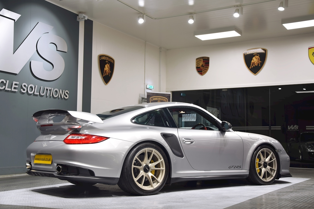 Porsche_911_GT2_RS_for_sale0035