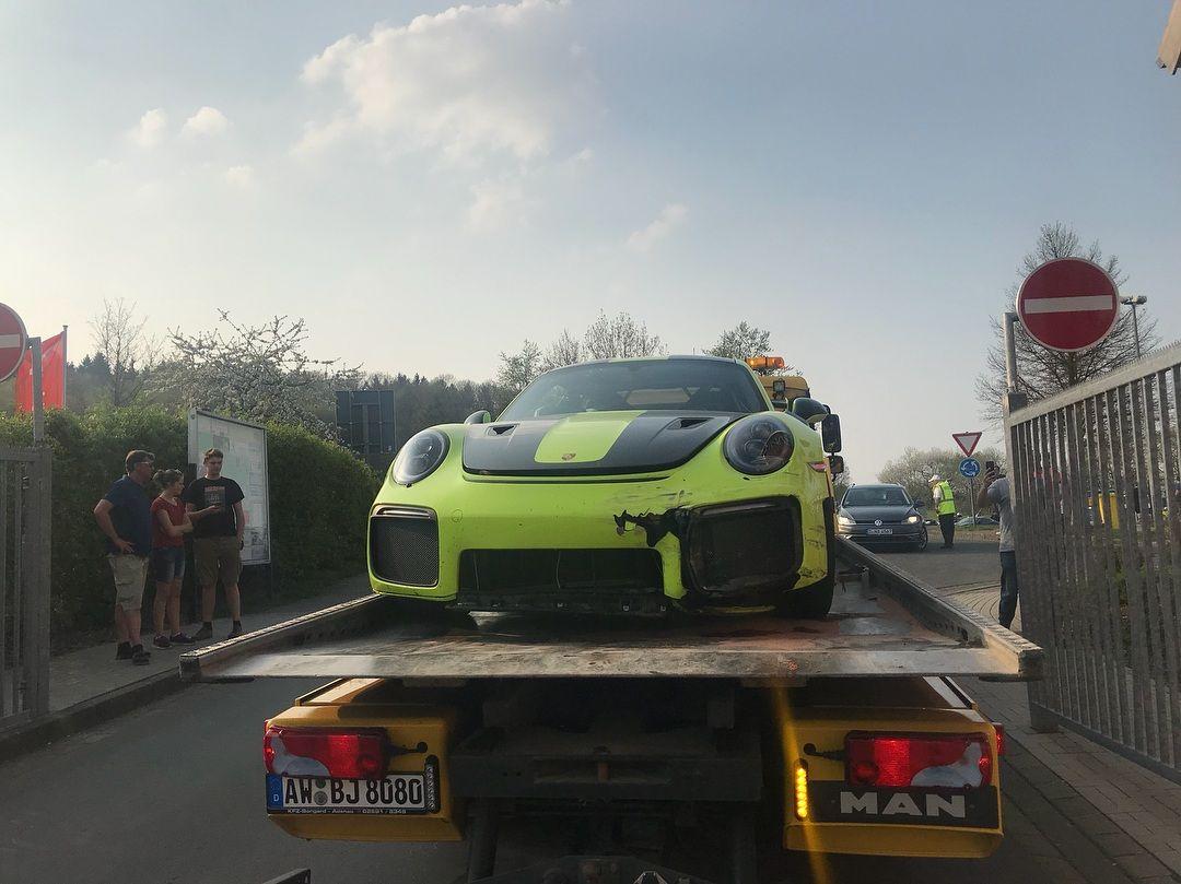 Porsche_911_GT2_RS_nurburgring_crash_0000