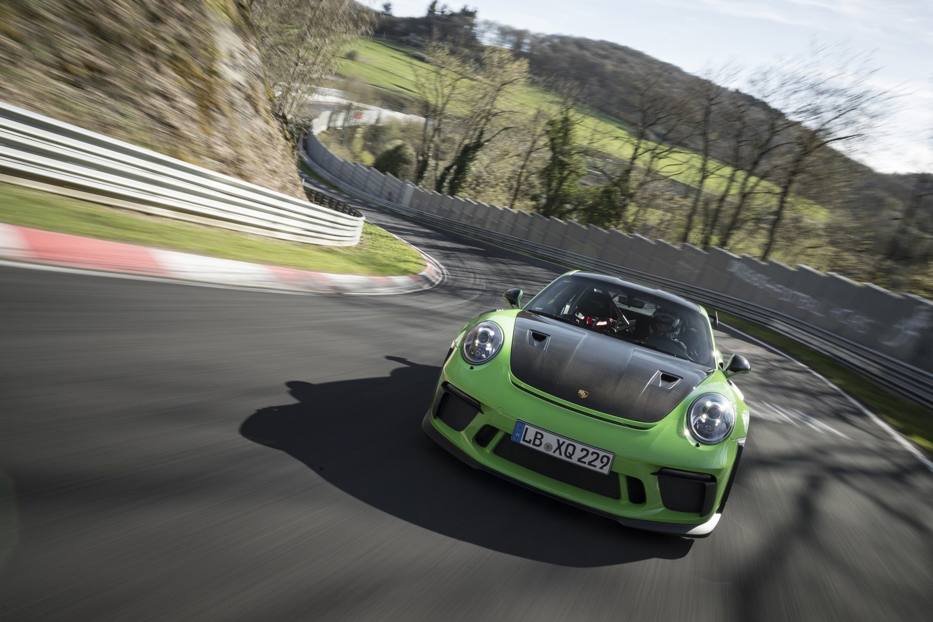 Porsche 911 GT3 RS Nurburgring record (2)